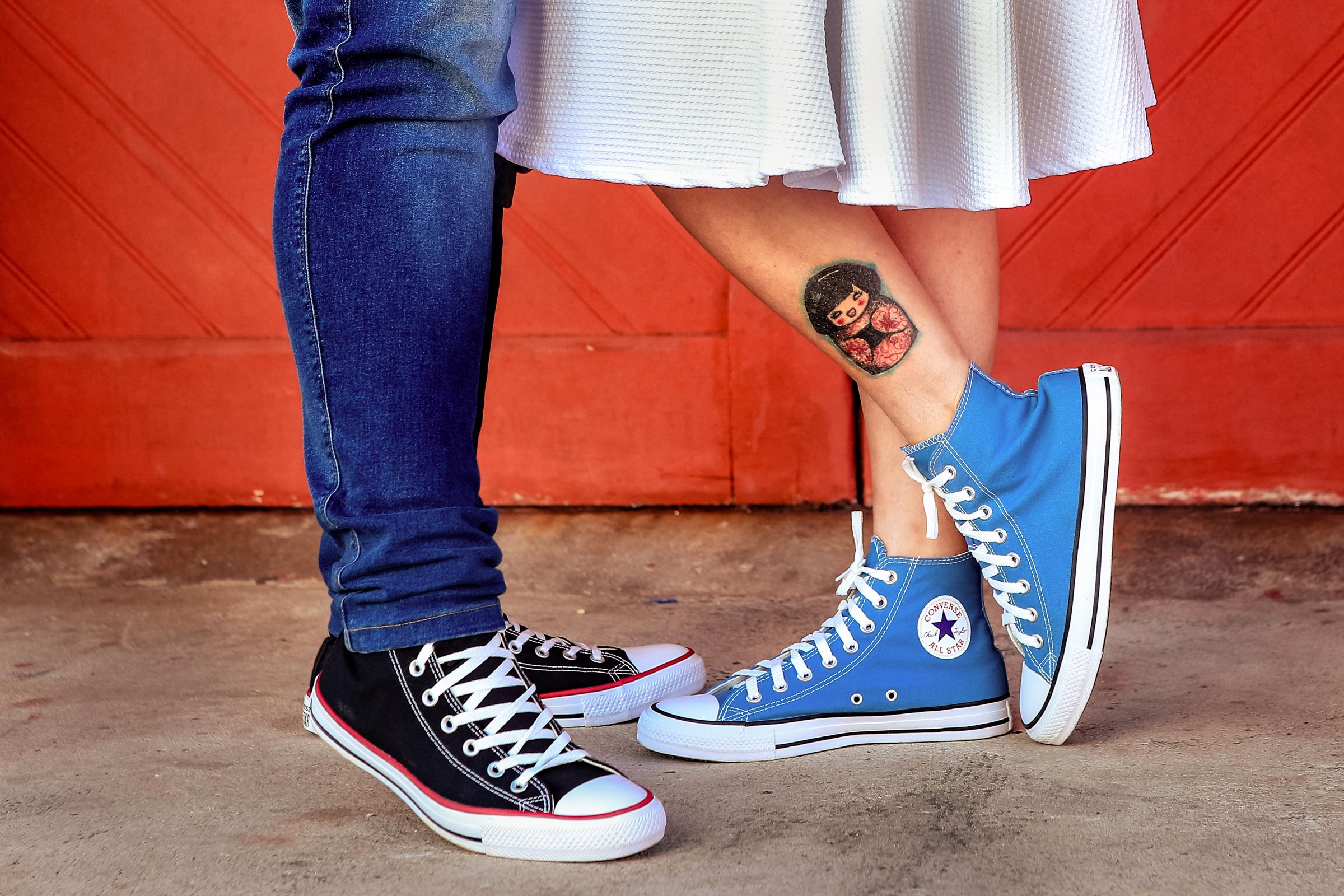jeans-converse-and-a-tattoo-area-da-fotografia