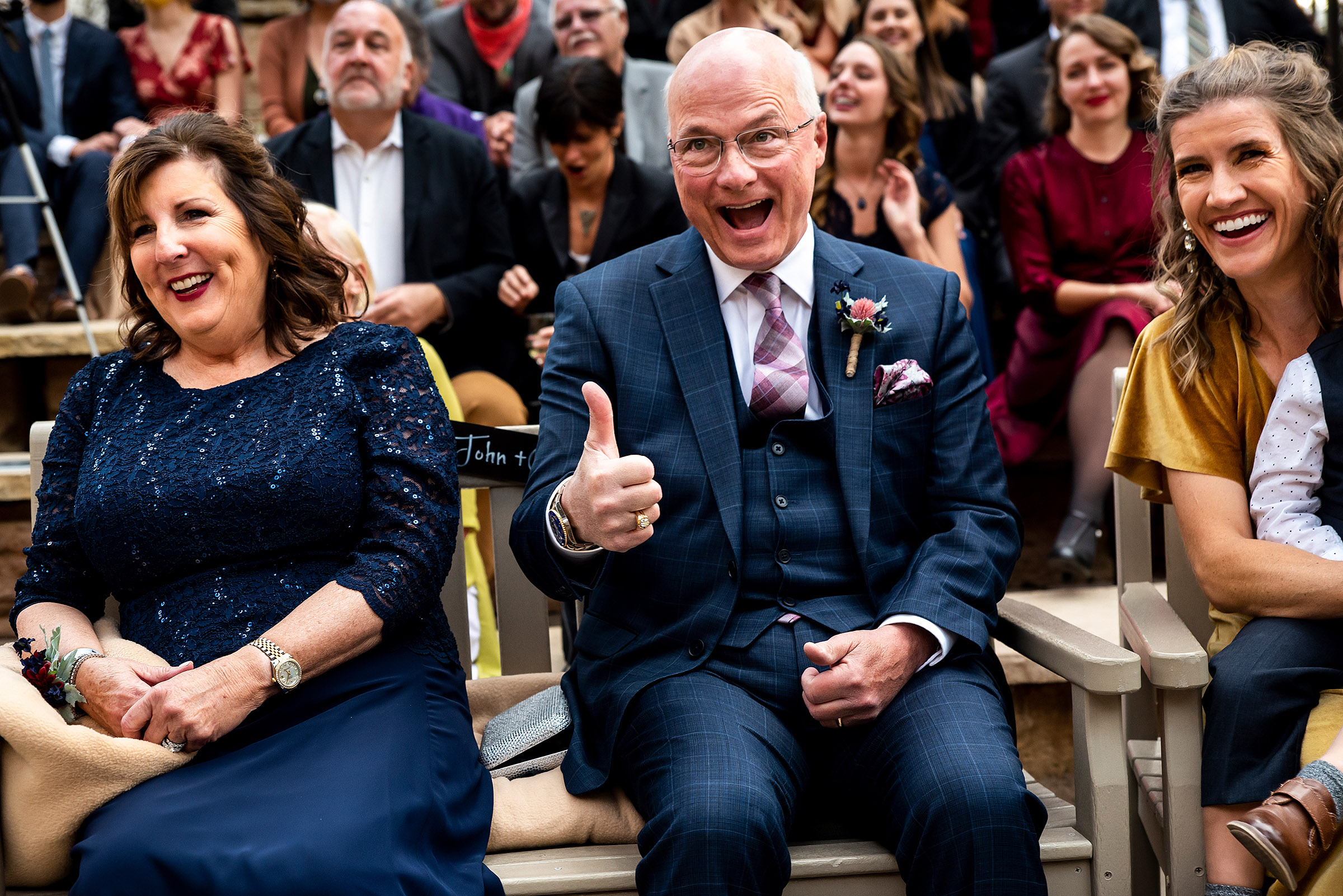 thumbs-up-from-dad-at-ceremony-la-plante-photo