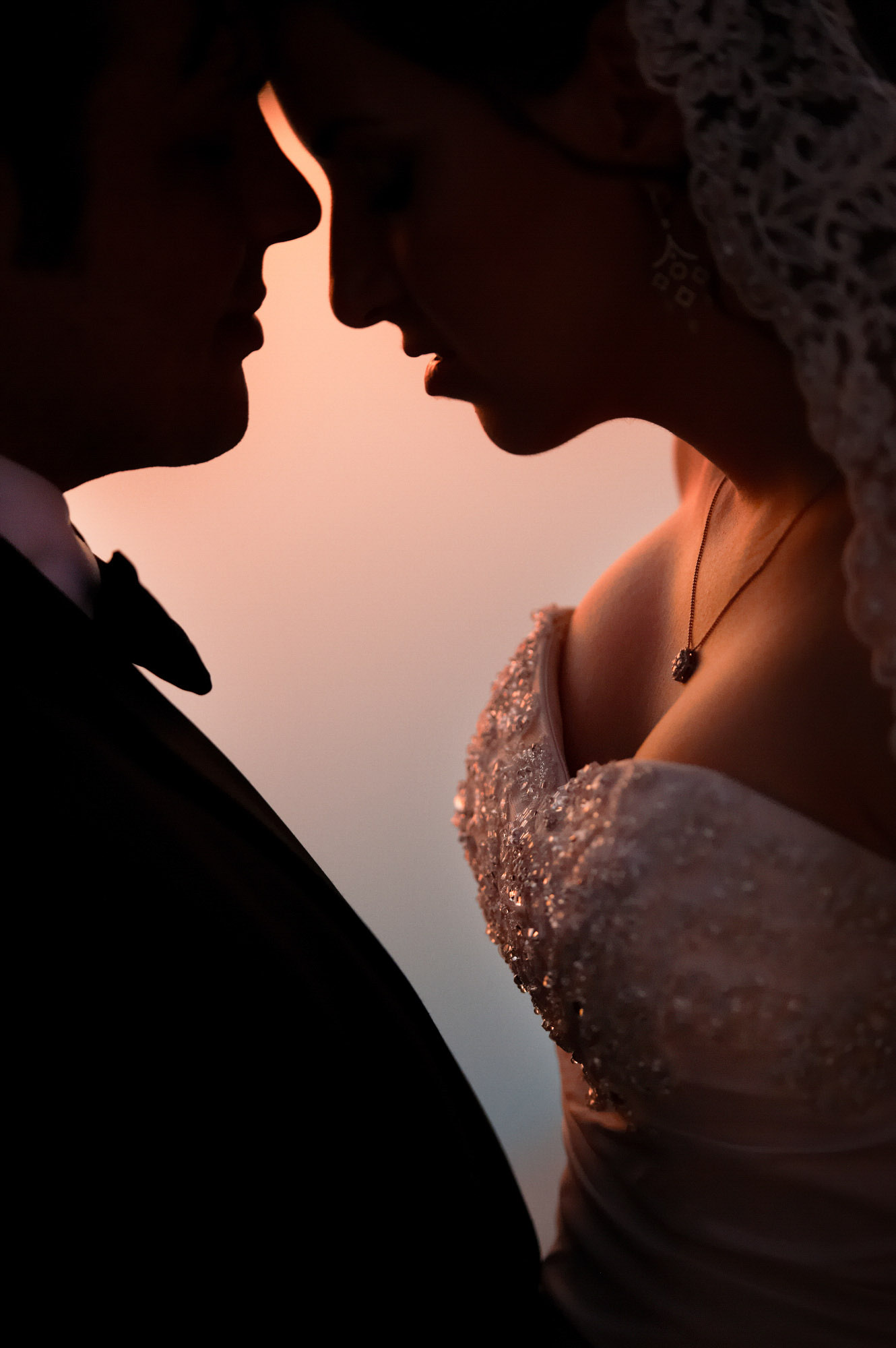 sexy-close-up-of-bride-and-groom-best-wedding-photos-jerry-ghionis-top-las-vegas-photographer