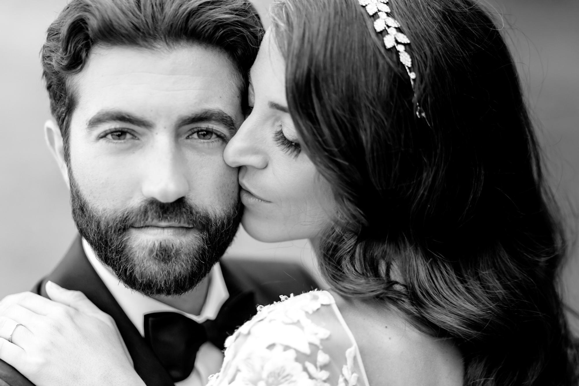 stunning-black-white-portrait-of-dark-haired-couple-groom-beard-worlds-best-wedding-photos-david-bastianoni-italy-wedding-photographers