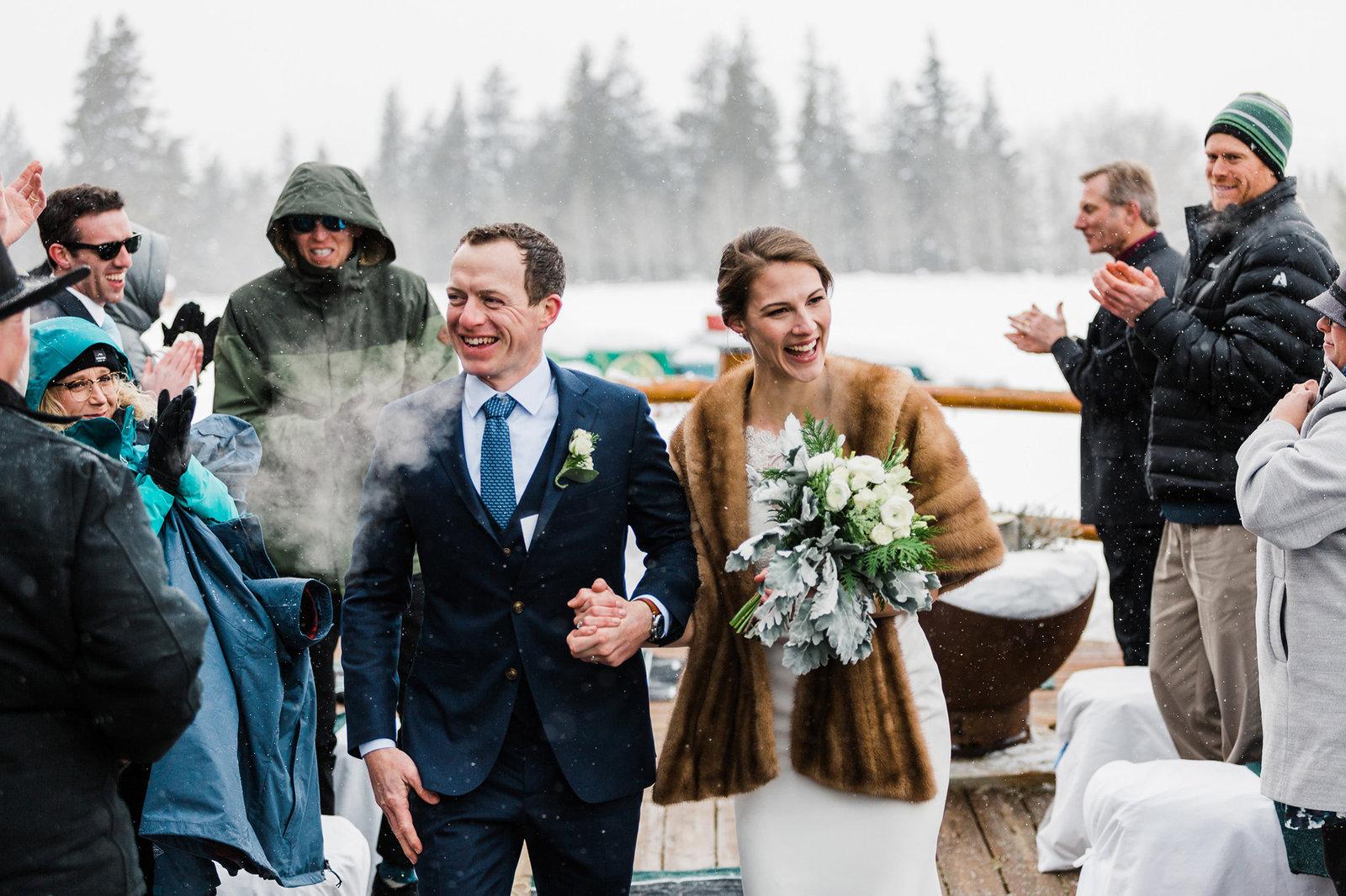 jackson-hole-elopement-photographer-amy-galbraith-winter-wedding-triangle-x