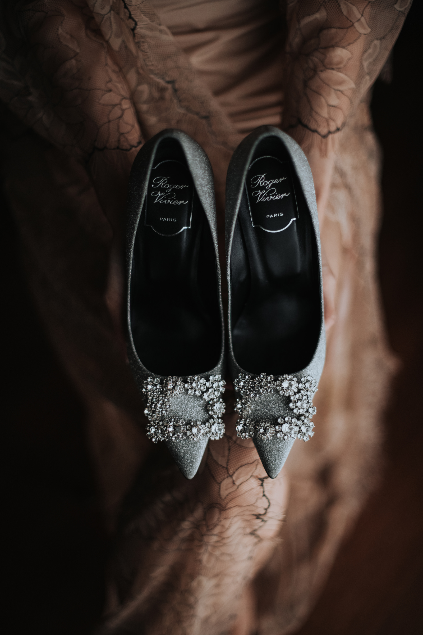 detail_shot_of_jeweled_bridal_shoes_by_mun_keat_studio