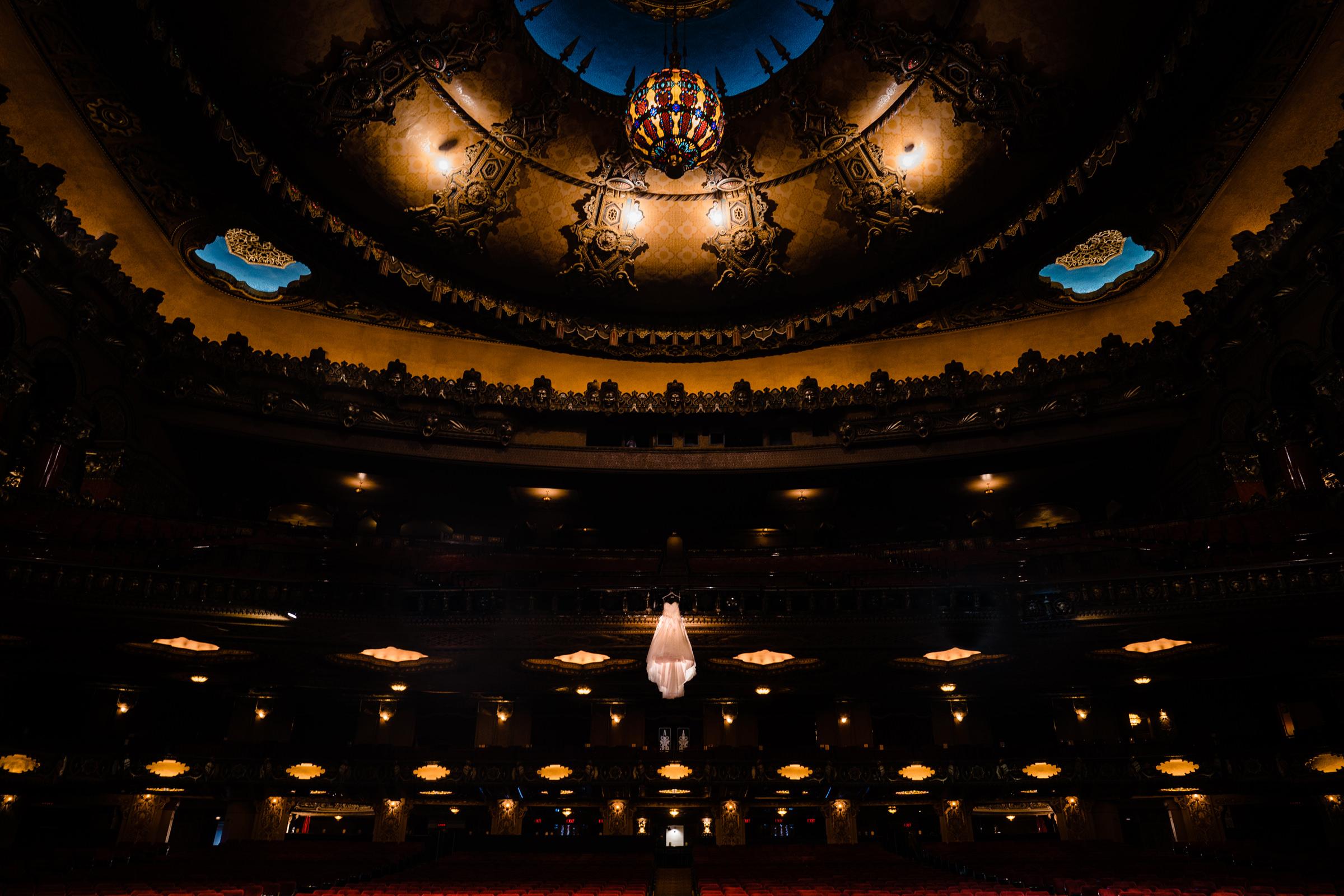 theater-lighting-vinson-images.jpg