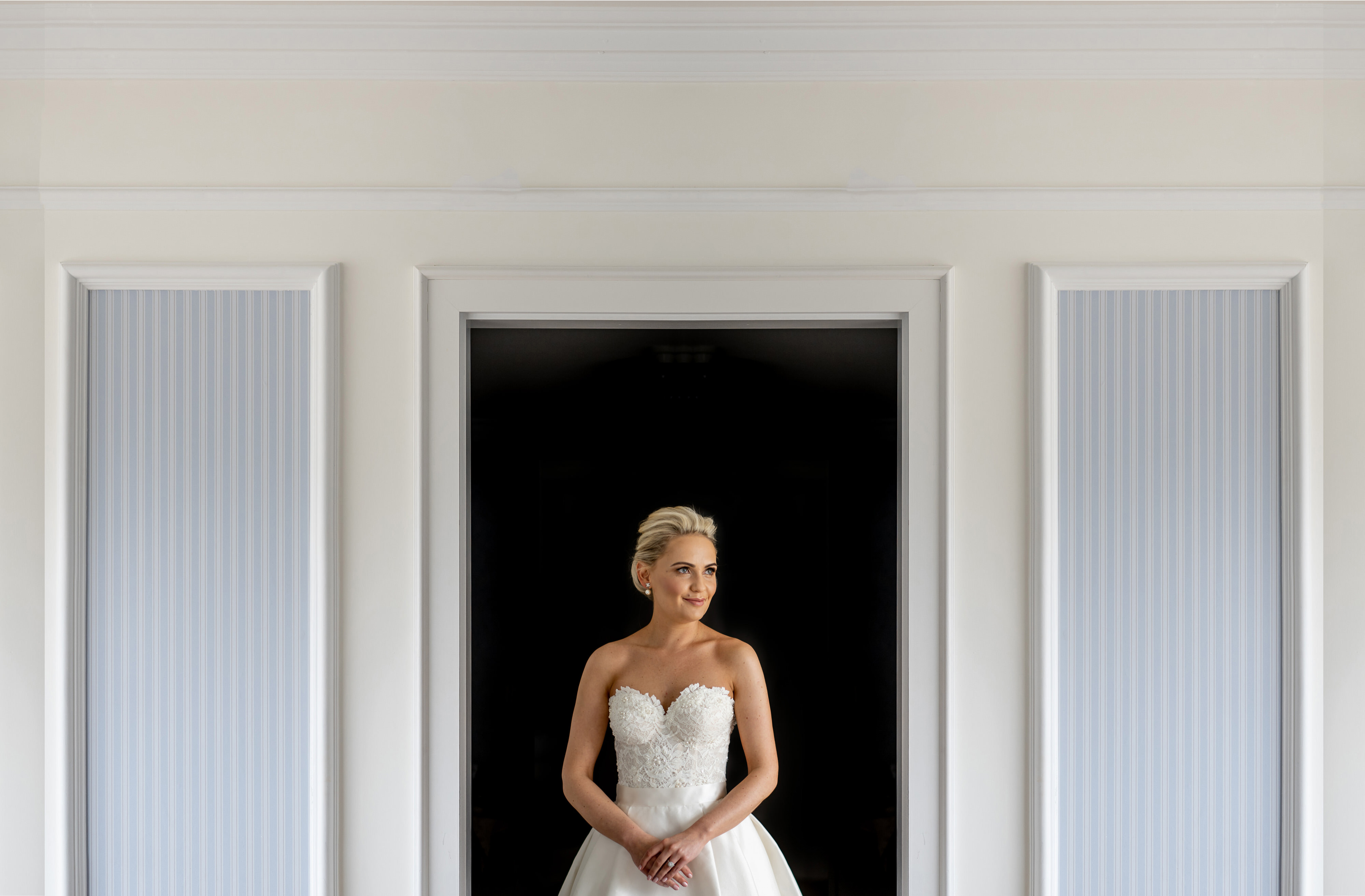 bride-portrait-in-doorway-john-gillooley