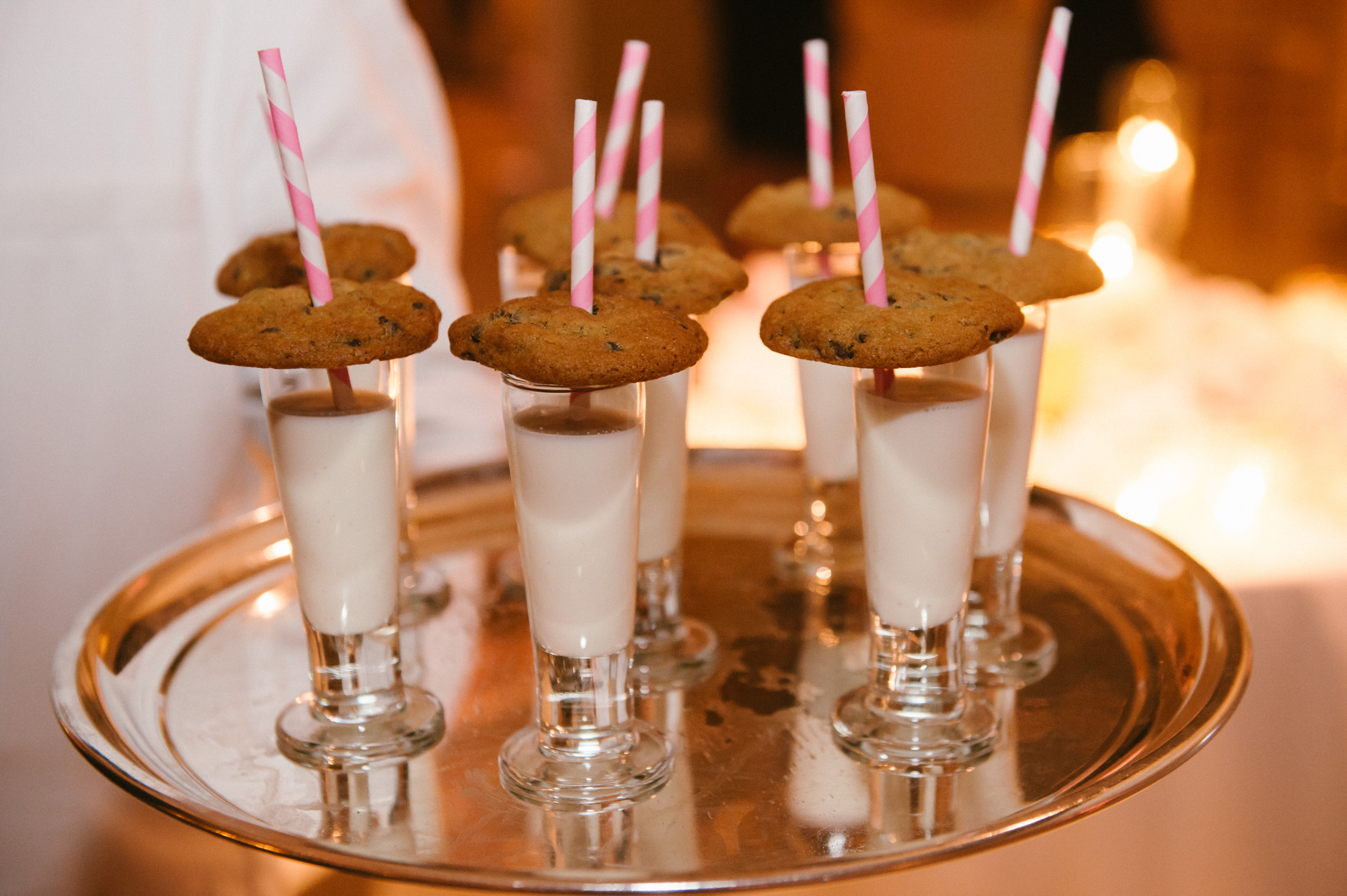 reception-dessert-menu-vanilla-parfaits-with-chocolate-chip-cookies-on-silver-tray-amyandstuart-photography