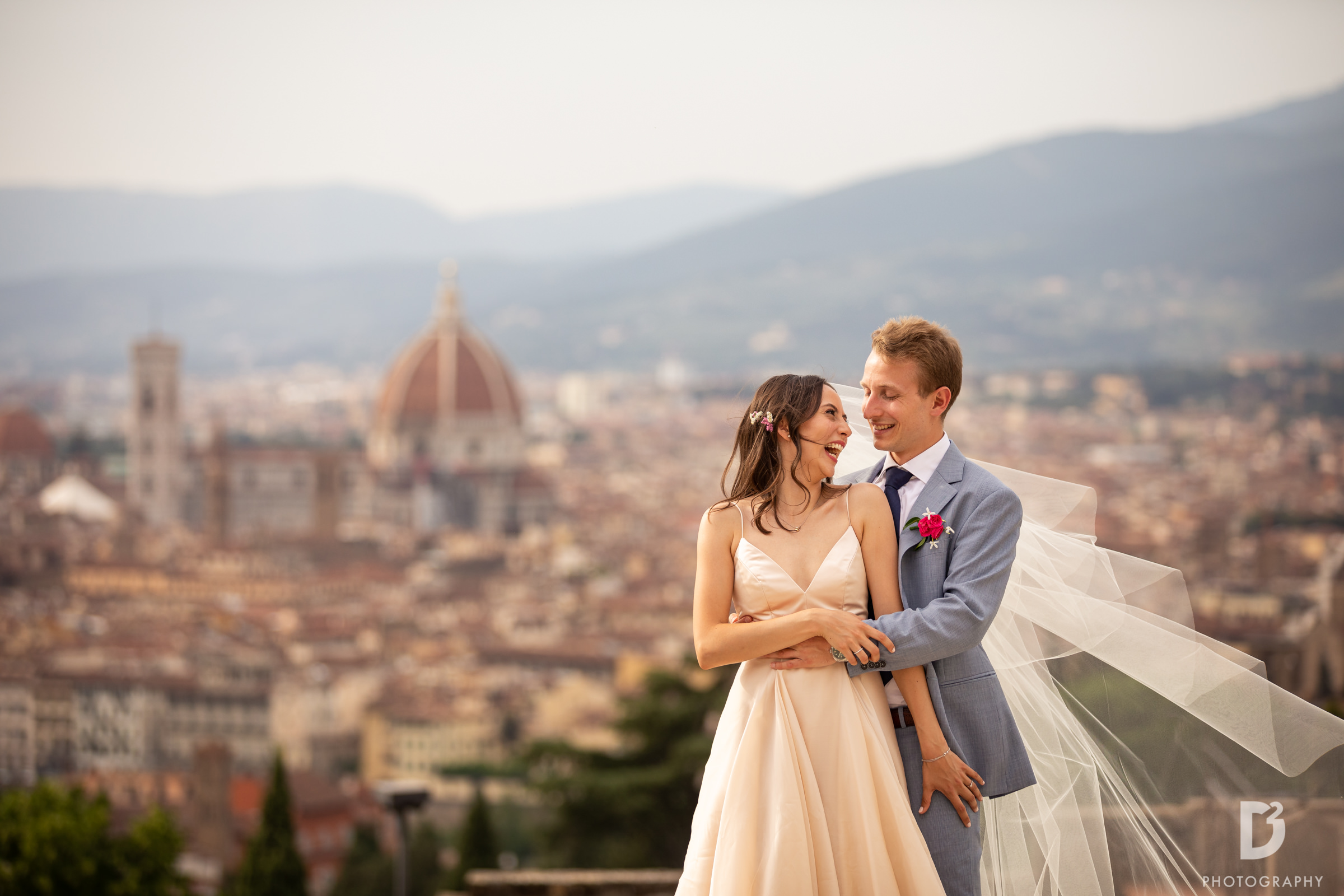 Elopement overlooking the Duomo in Florence - photo by D2 Photography