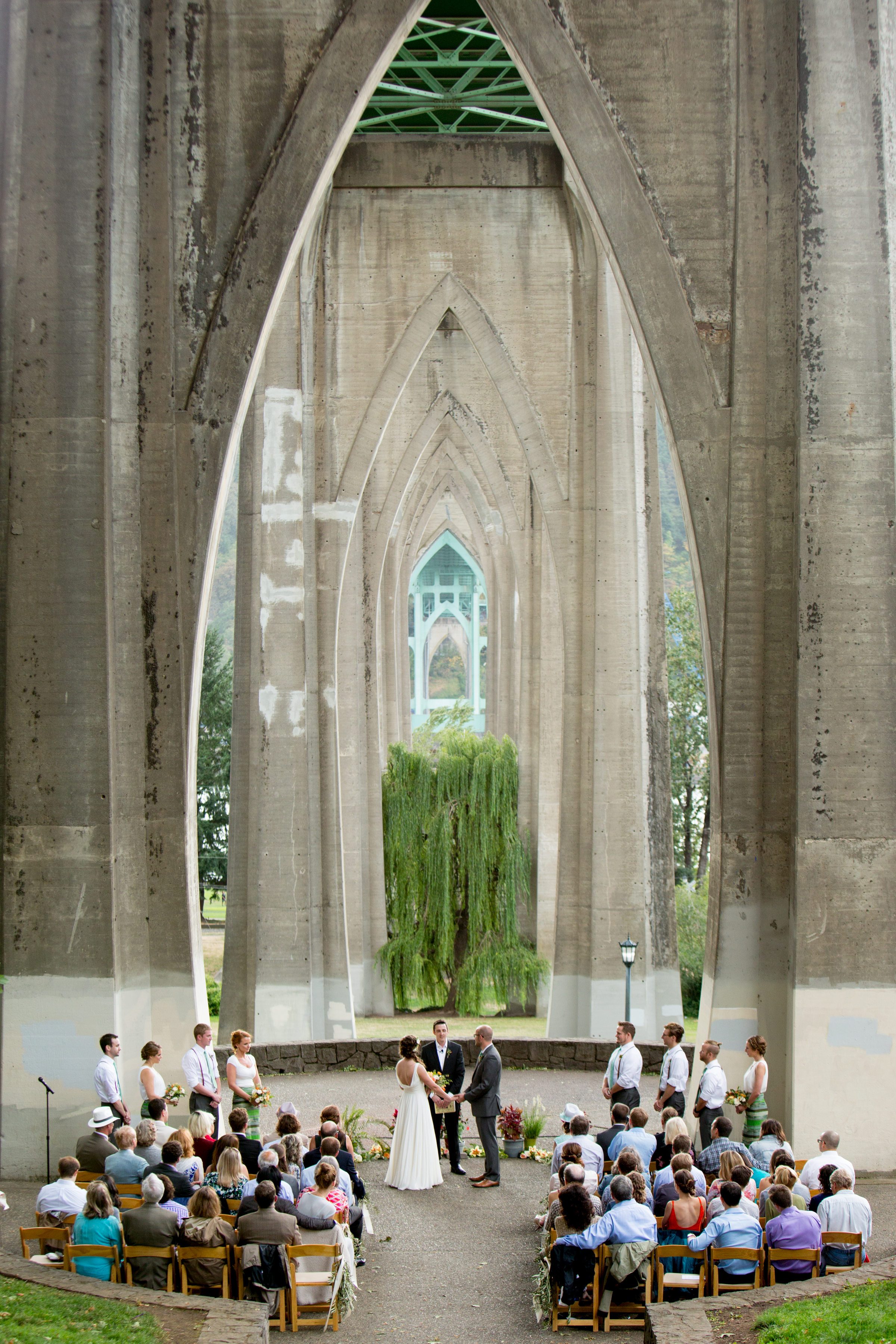 Cathedral Bridge wedding ceremony in Portland, Oregon - photo by Jessica Hill Photography