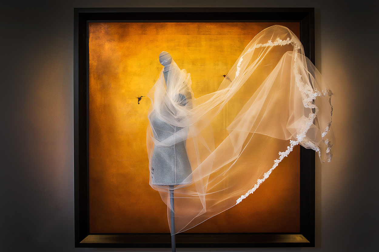 artistic-photo-of-veil-blowing-on-manikin-by-amber-henry-photography-michigan
