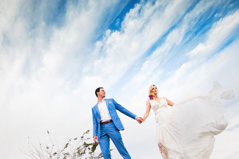 beautiful-couple-portrait-bride-in-silk-dress-worlds-best-wedding-photos-callaway-gable-los-angeles-wedding-photographers