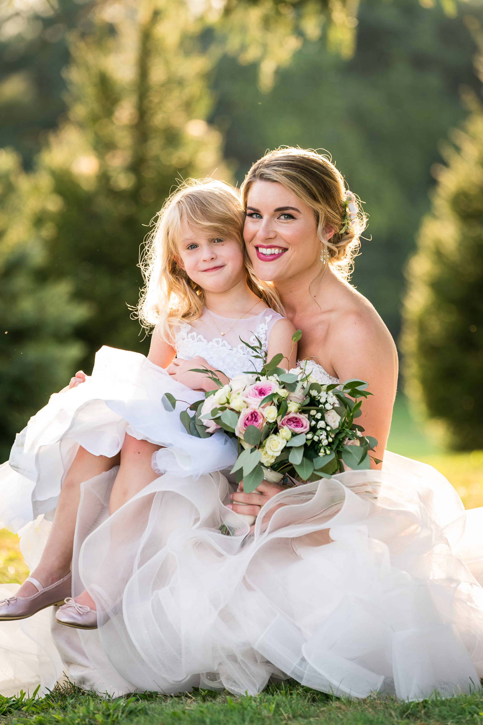 bride-portrait-with-girl-fuller-photography