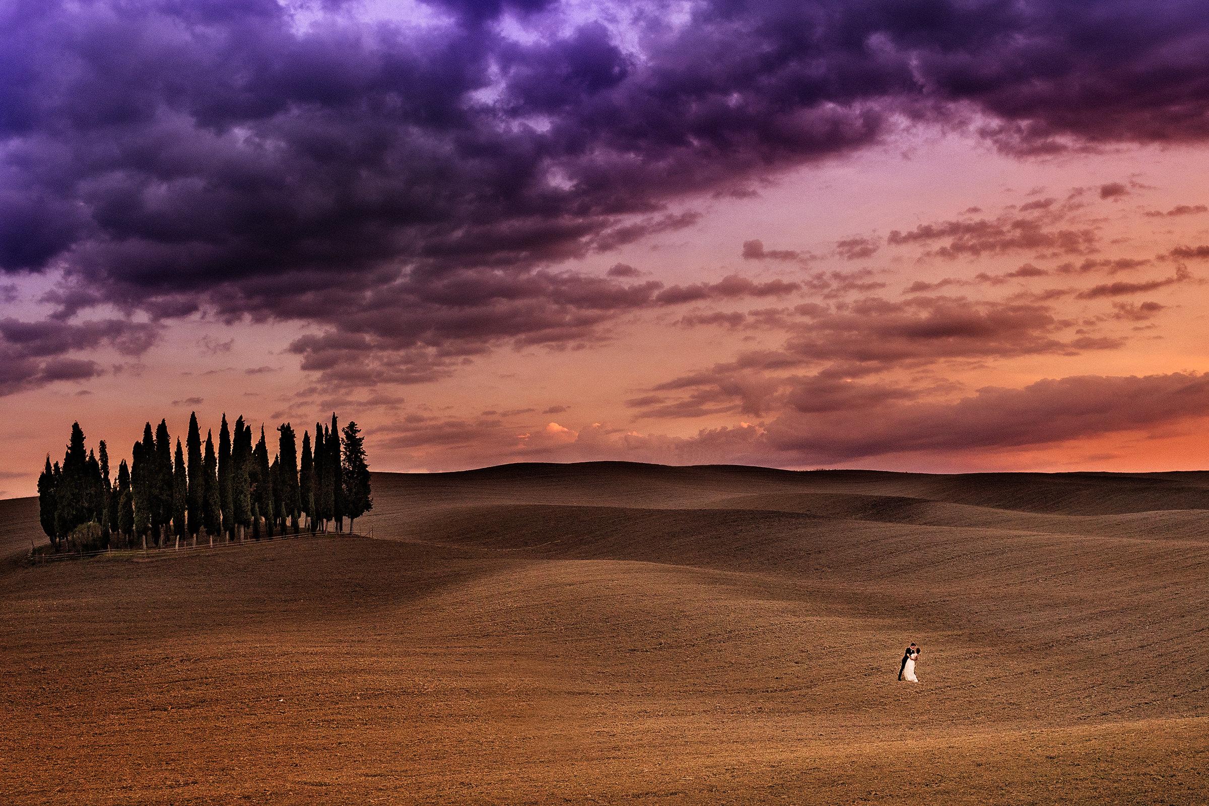 couple-in-epic-landscape-d2-photography