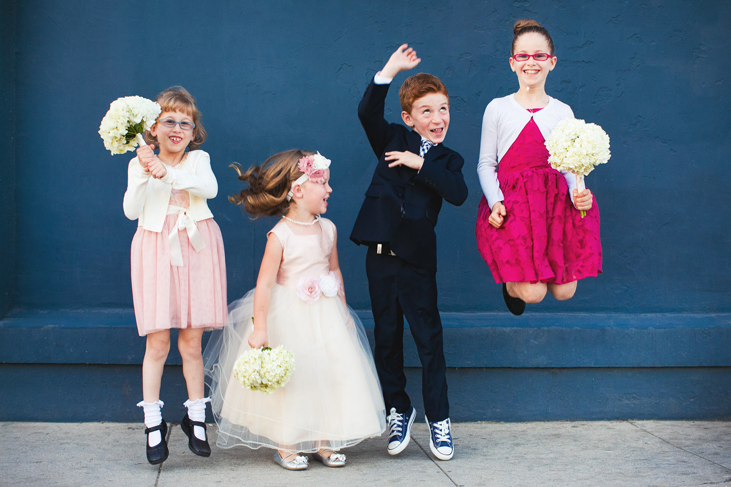 funny-kids-bridal-party-group-shot-worlds-best-wedding-photos-callaway-gable-los-angeles-wedding-photographers