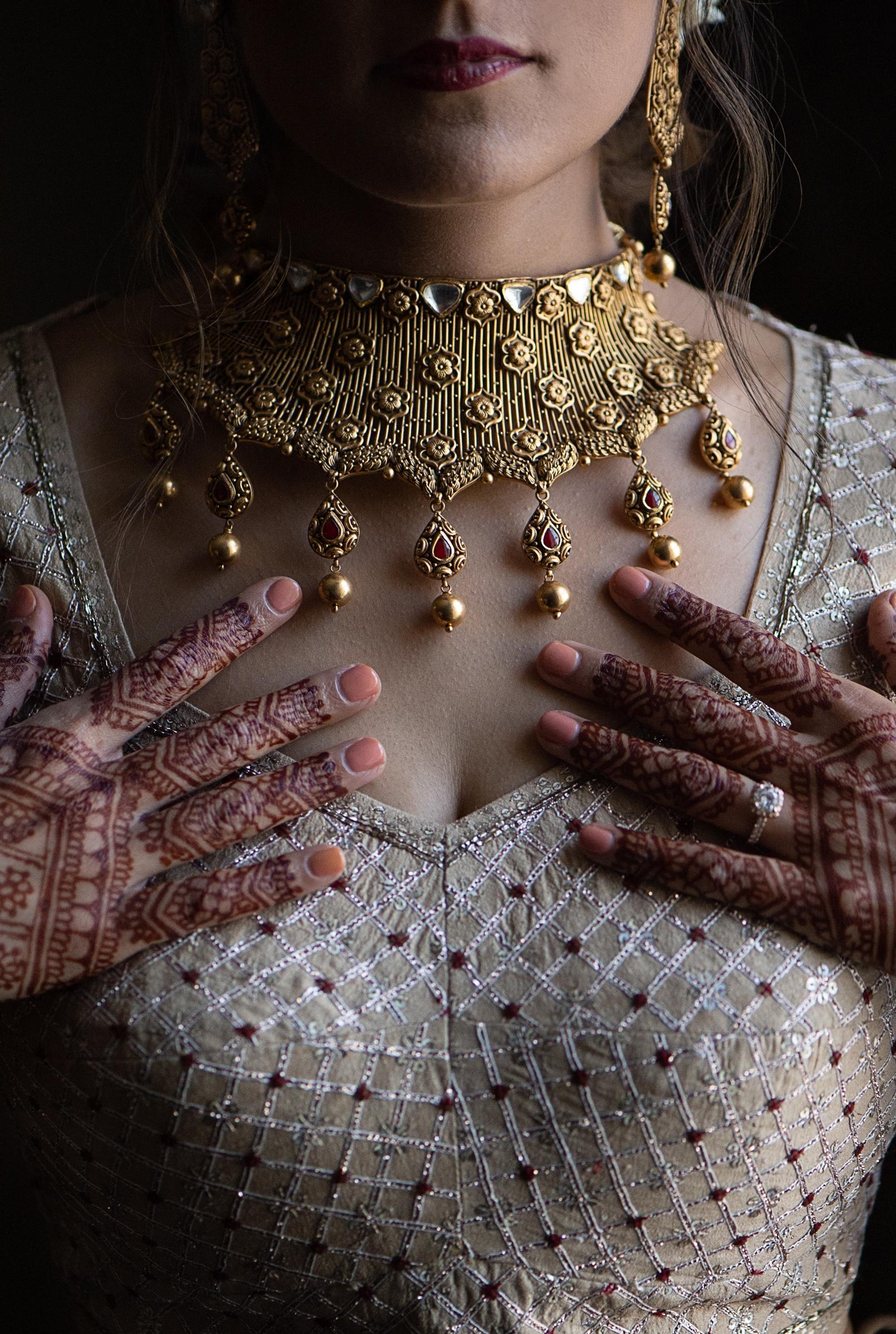 Bride with henna hands - photo by Steve & Jane - Washington D.C.