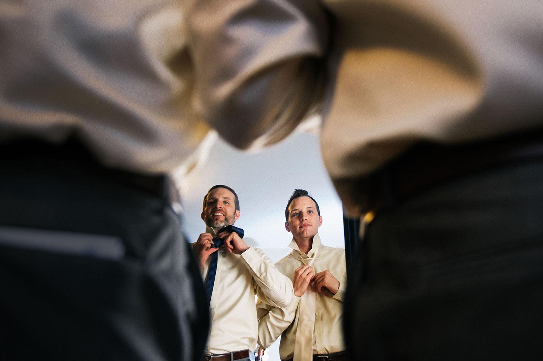 grooms-getting-ready-fun-photos-callaway-gable-los-angeles-wedding-photographers