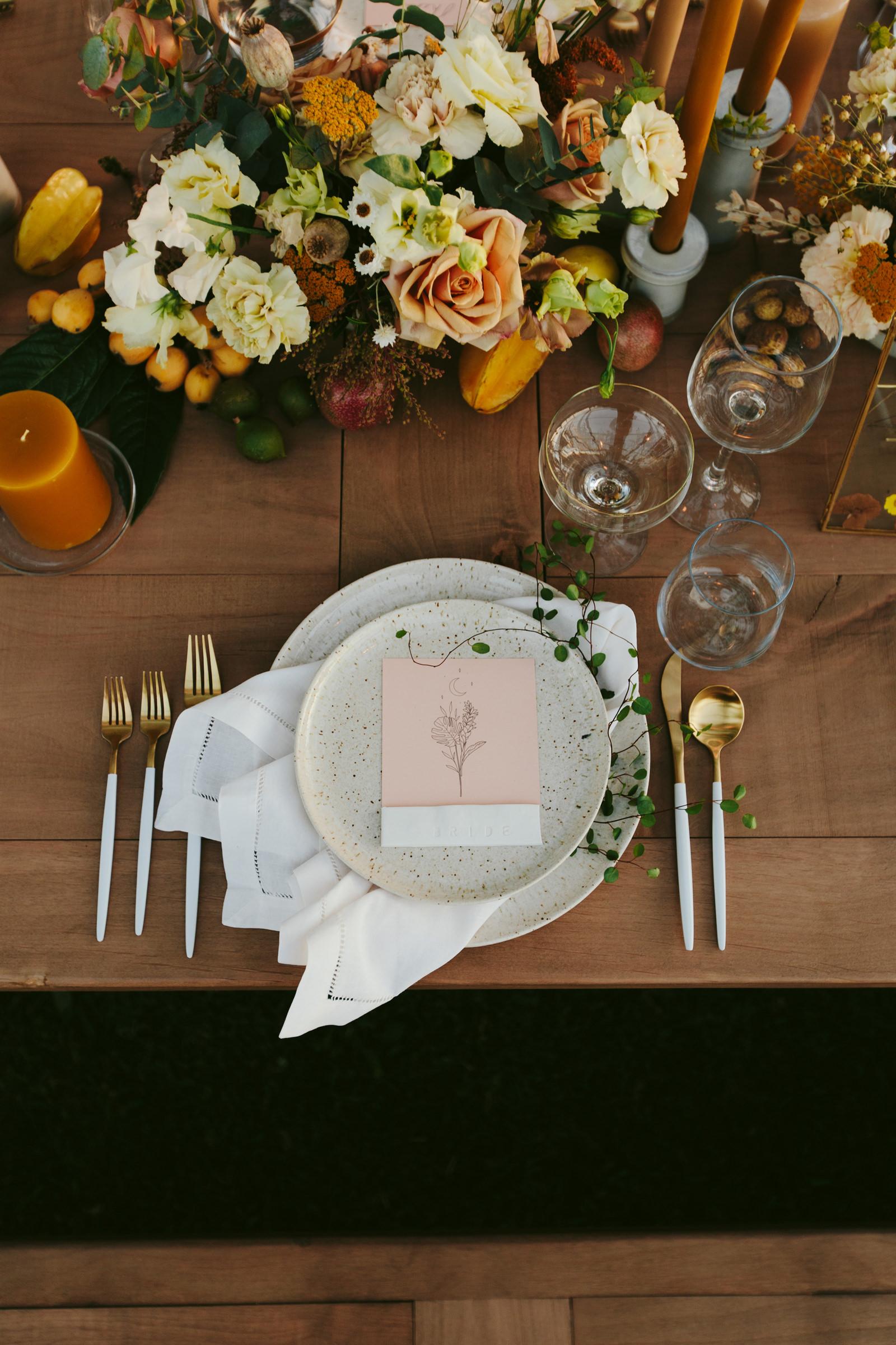 hotel-wailea-maui-reception-table-setting-detail-melia-lucida