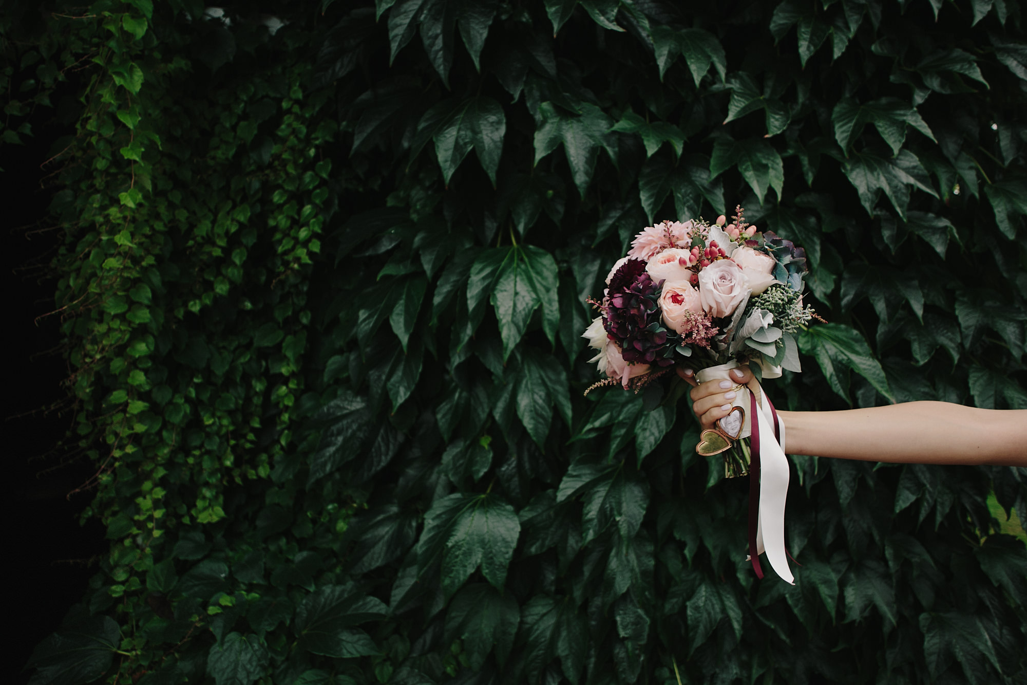 lavender-pink-purple-bouquet-with-locket-ribbons-worlds-best-wedding-photos-james-moes-missouri-wedding-photographers