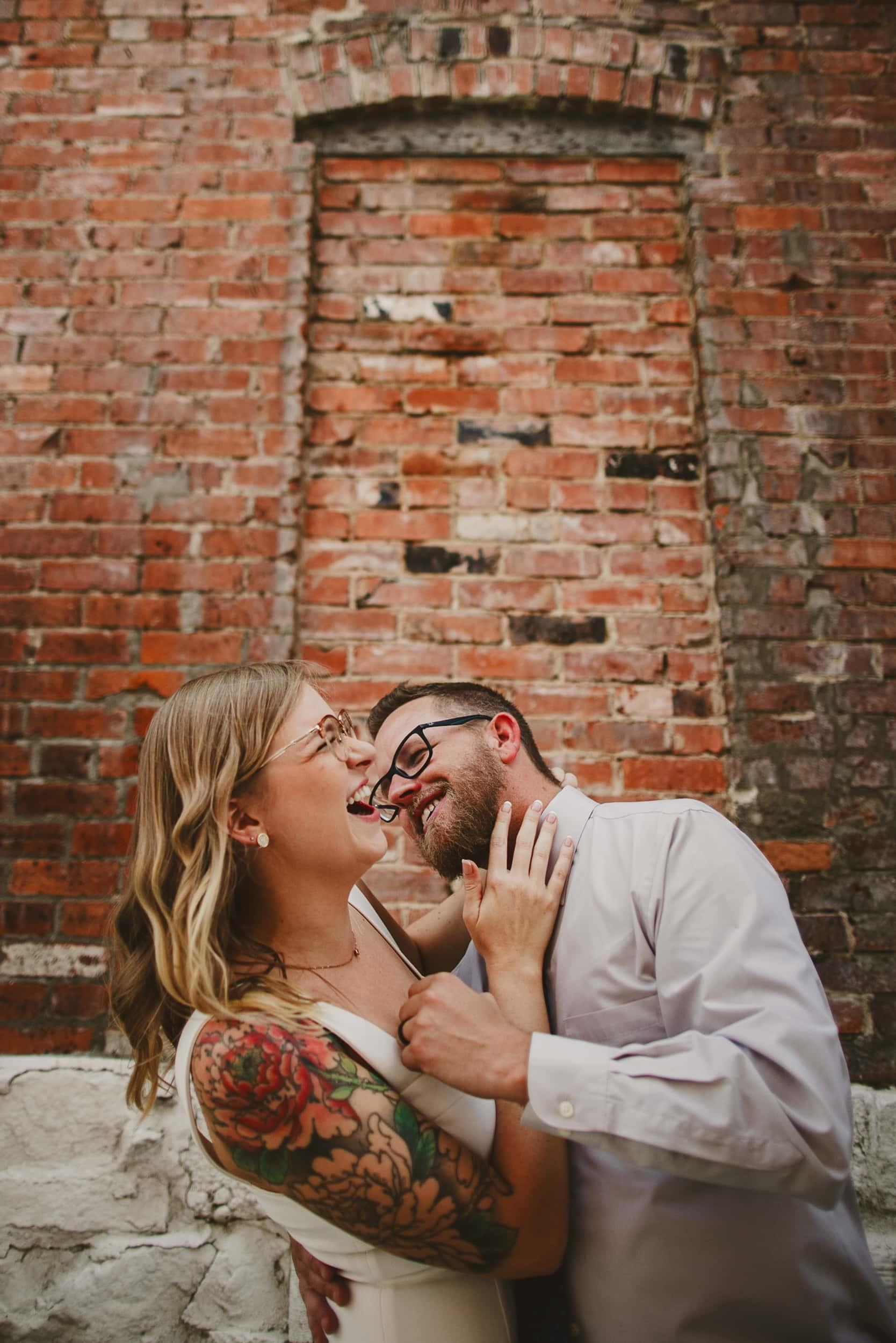 playful-couple-kiss-kate-merrill-photo