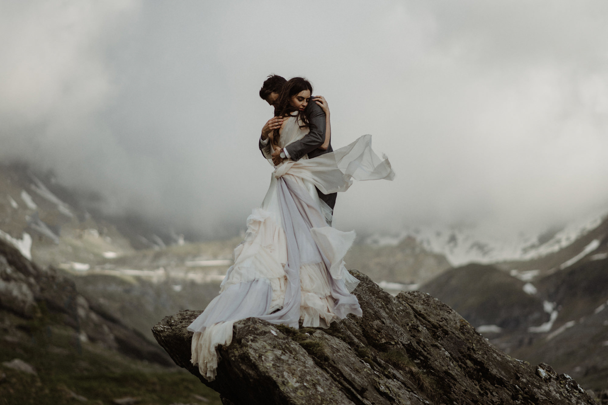 Ethereal mountaintop elopement - photo by The Kitcheners