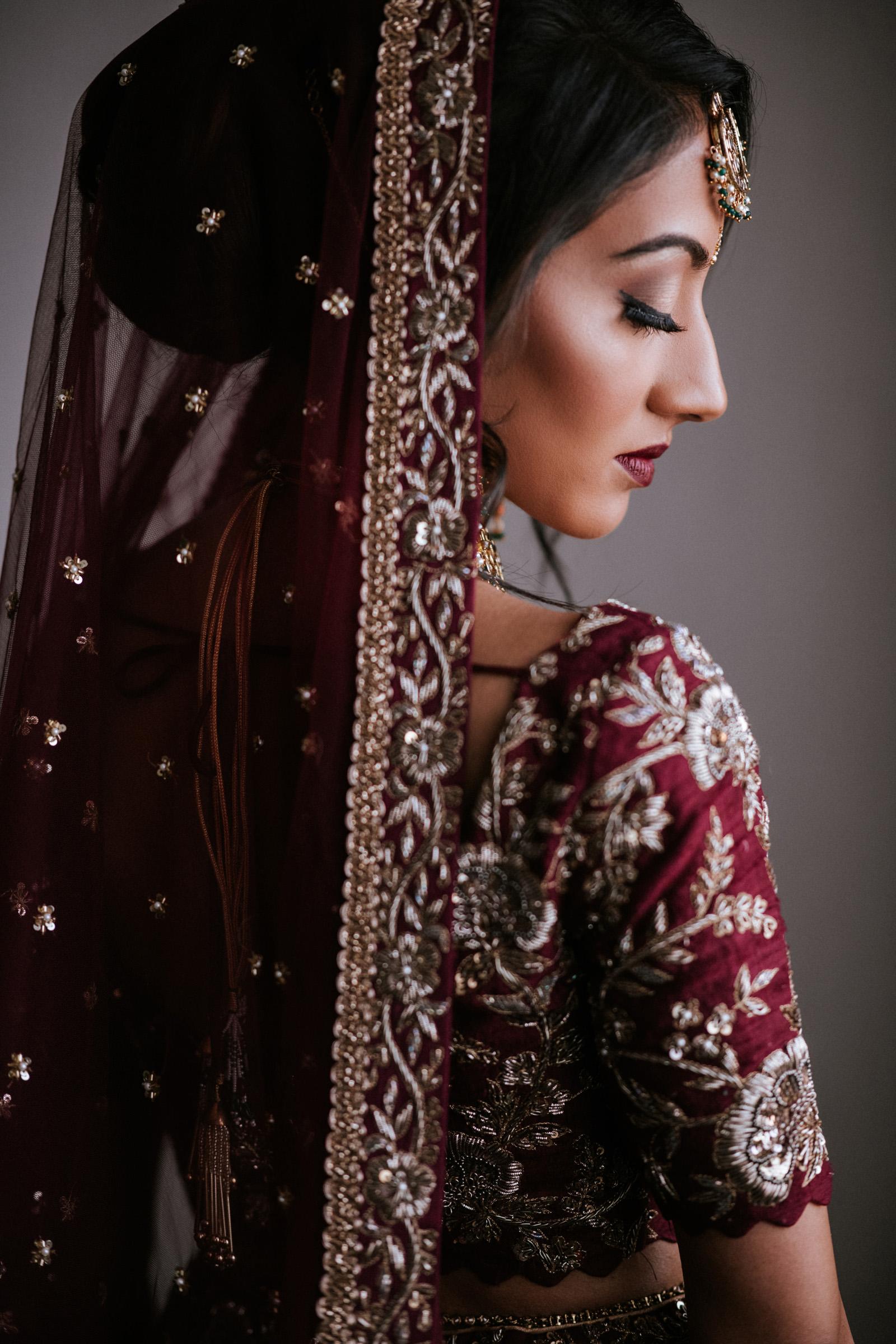 sculpted-portrait-of-indian-bride-charmi-pena