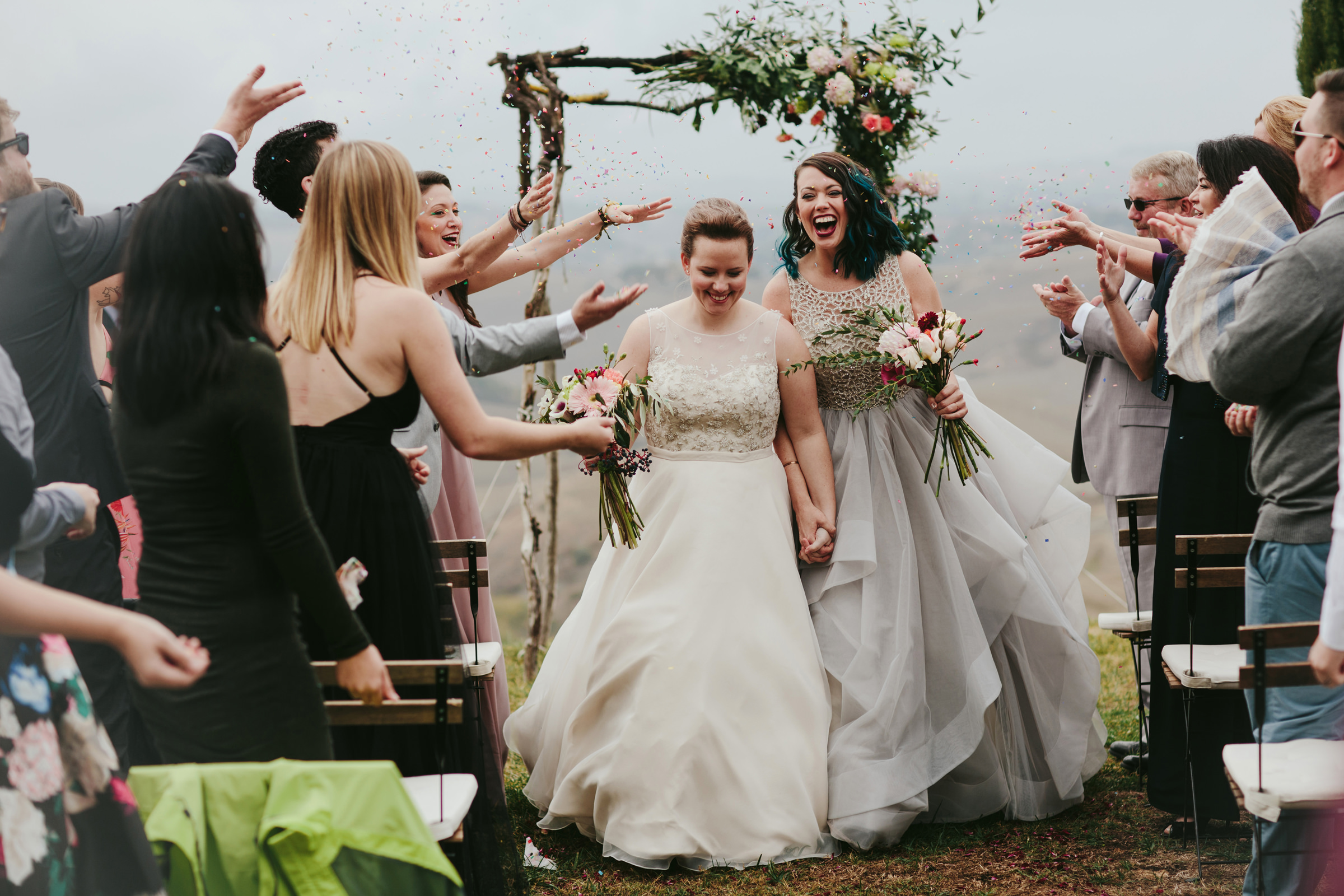two-happy-brides-just-married-tuscany-melia-lucida