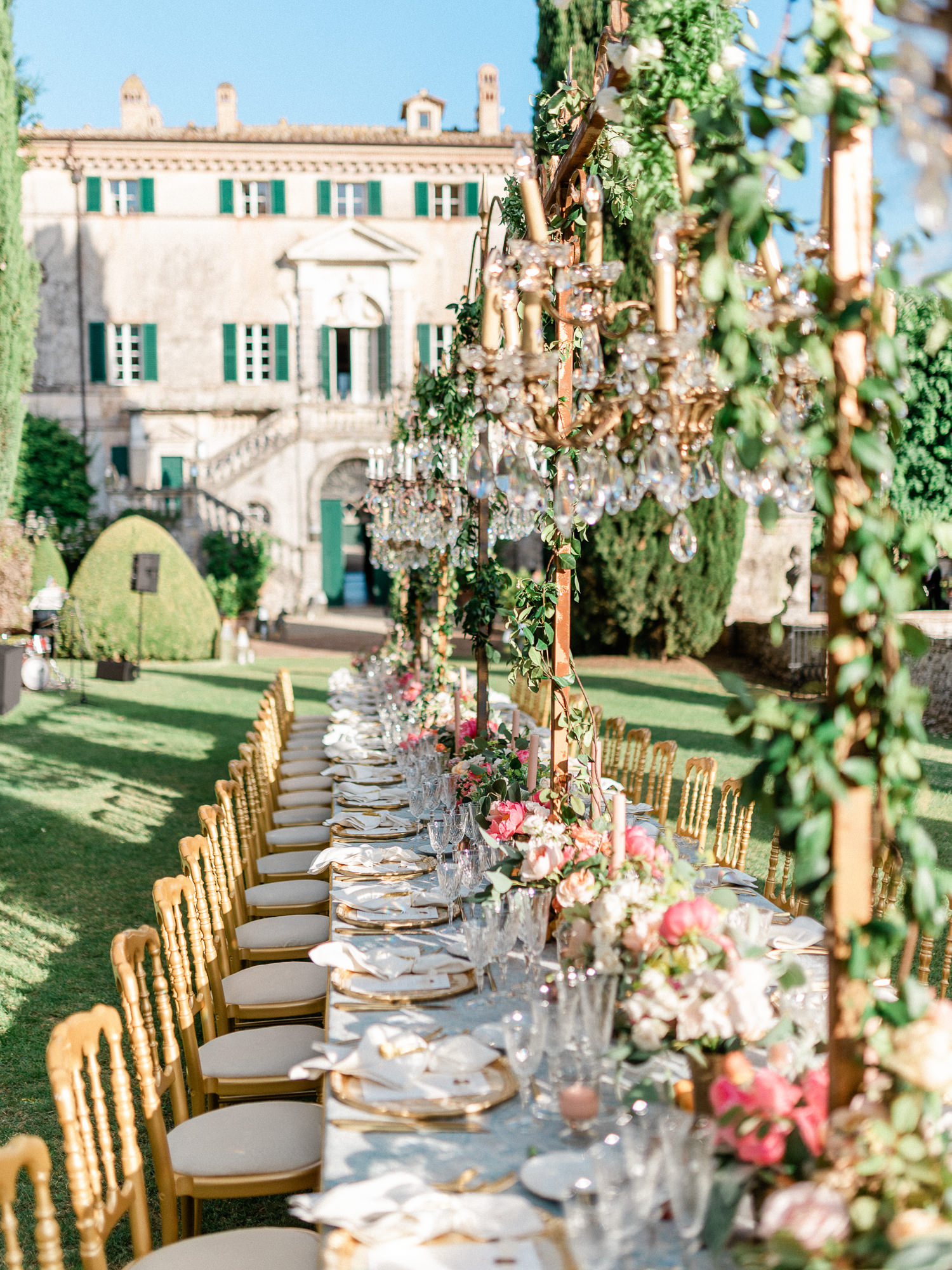 Elaborate outdoor reception table at Villa Centinale, Italy, photographed by Gianluca Adovasio