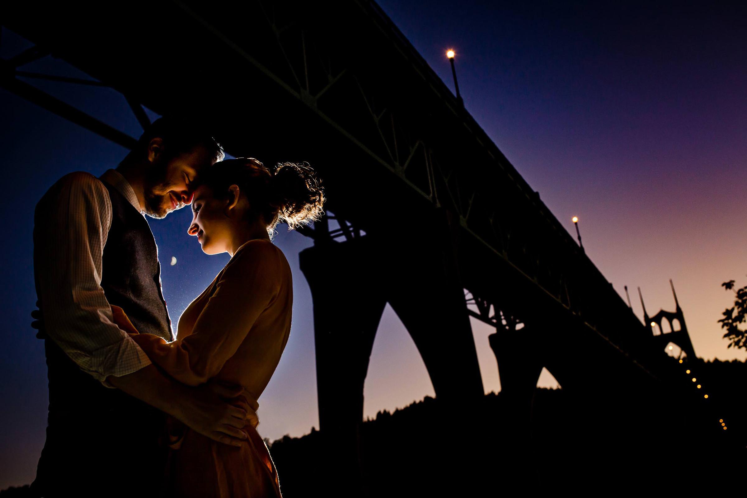 Award-winning engagement photo - Jos & Tree - Oregon