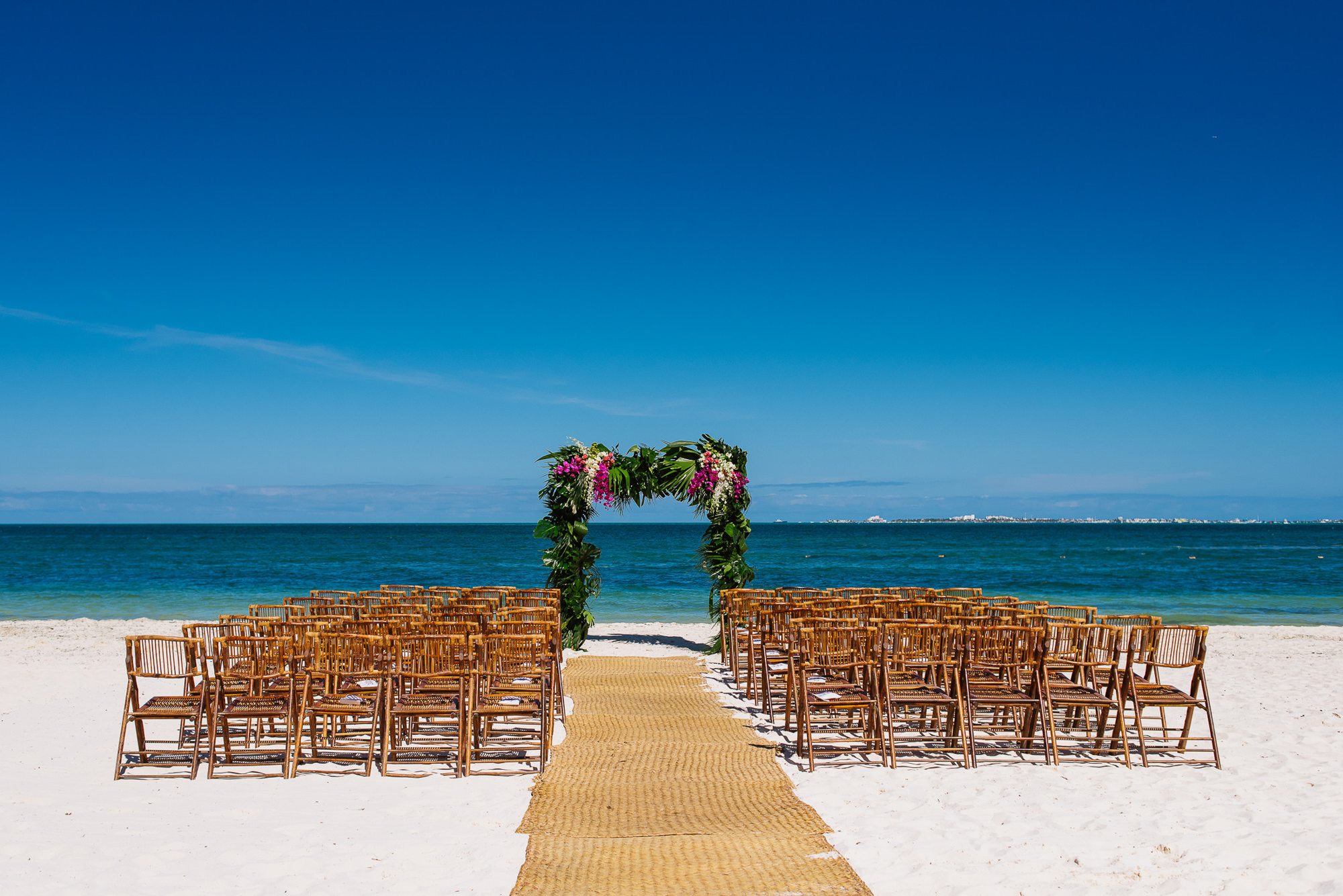 Ceremony decor on a Mexico beach, by Citalli Rico