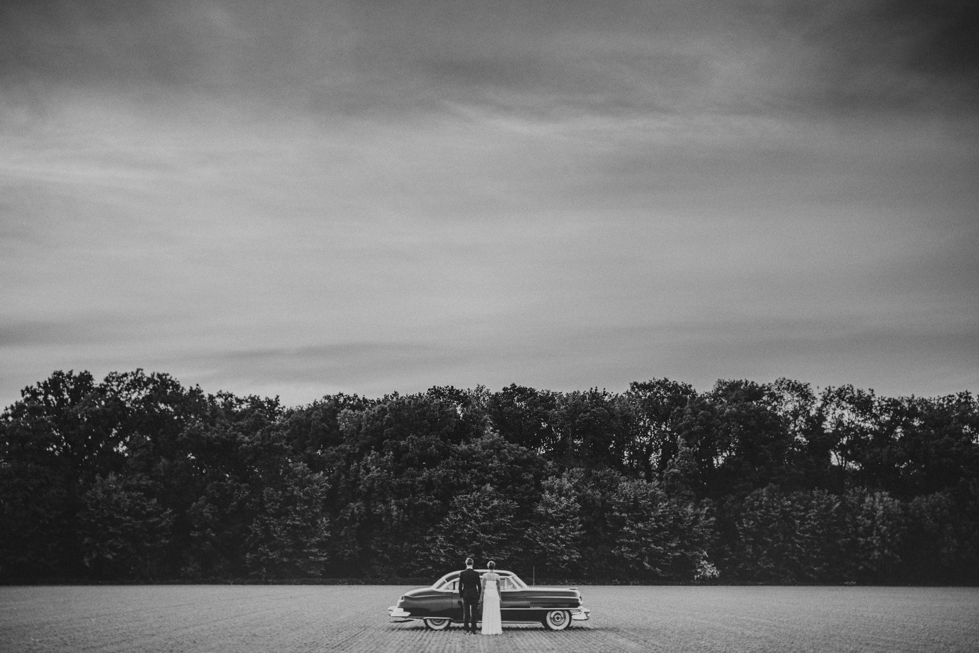 Creative wedding portrait by Fer Juaristi