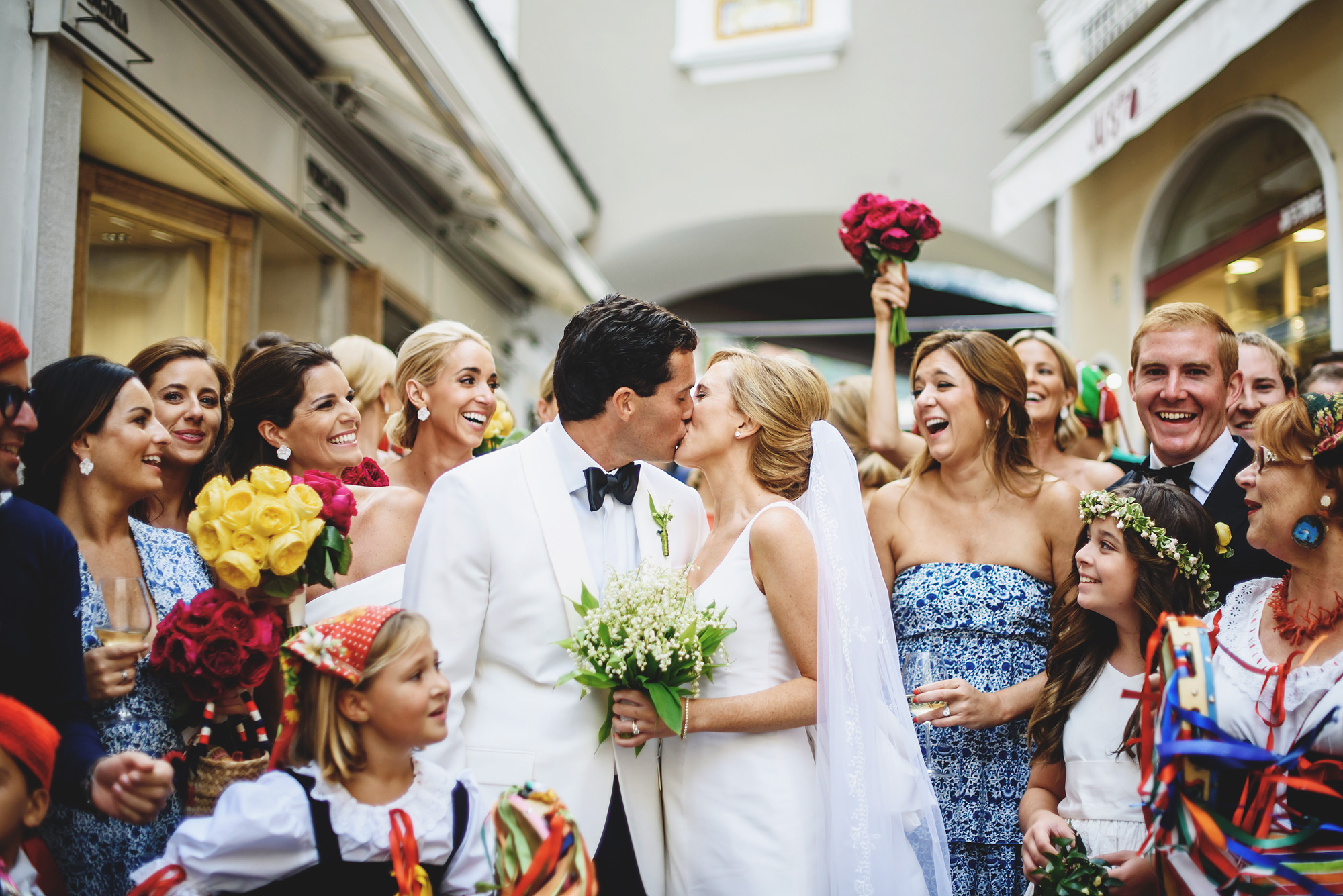 Ceremony kiss photo by Ross Harvey