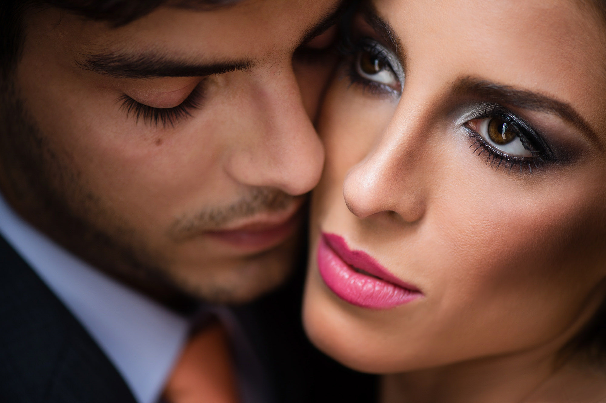 Dramatic bridal make-up, silver shadow and pink lips  - photo by Jerry Ghionis - Australia and Nevada