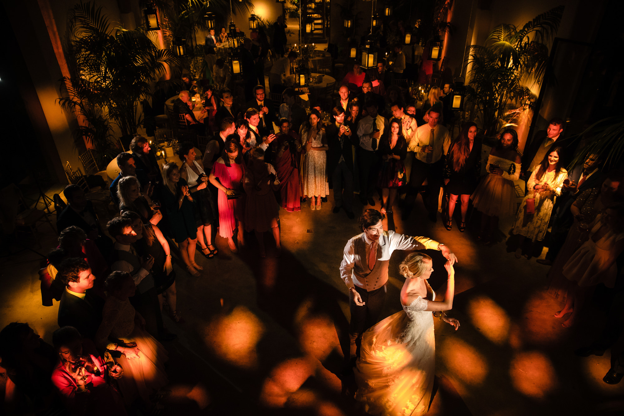 First dance photo by Yves Schepers