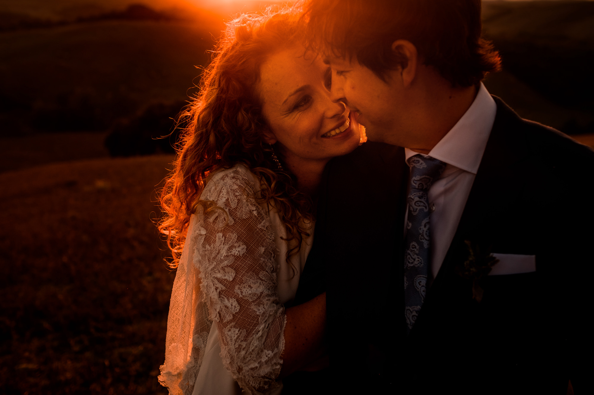Golden hour couple portrait photo by Nordica Photography