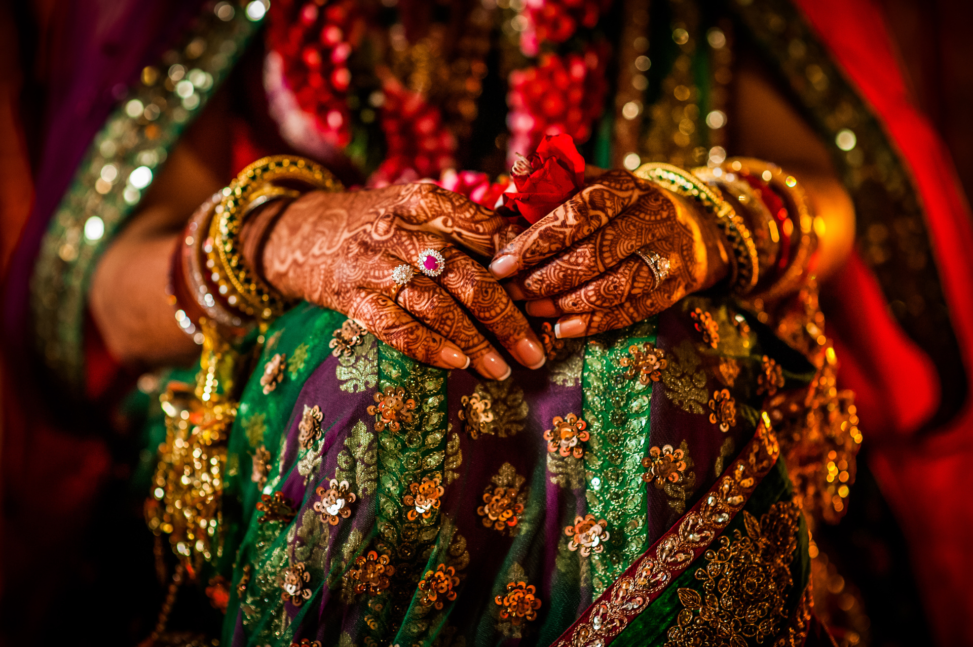 Intricate Indian henna on bride's hands - photo by Sephi Bergerson