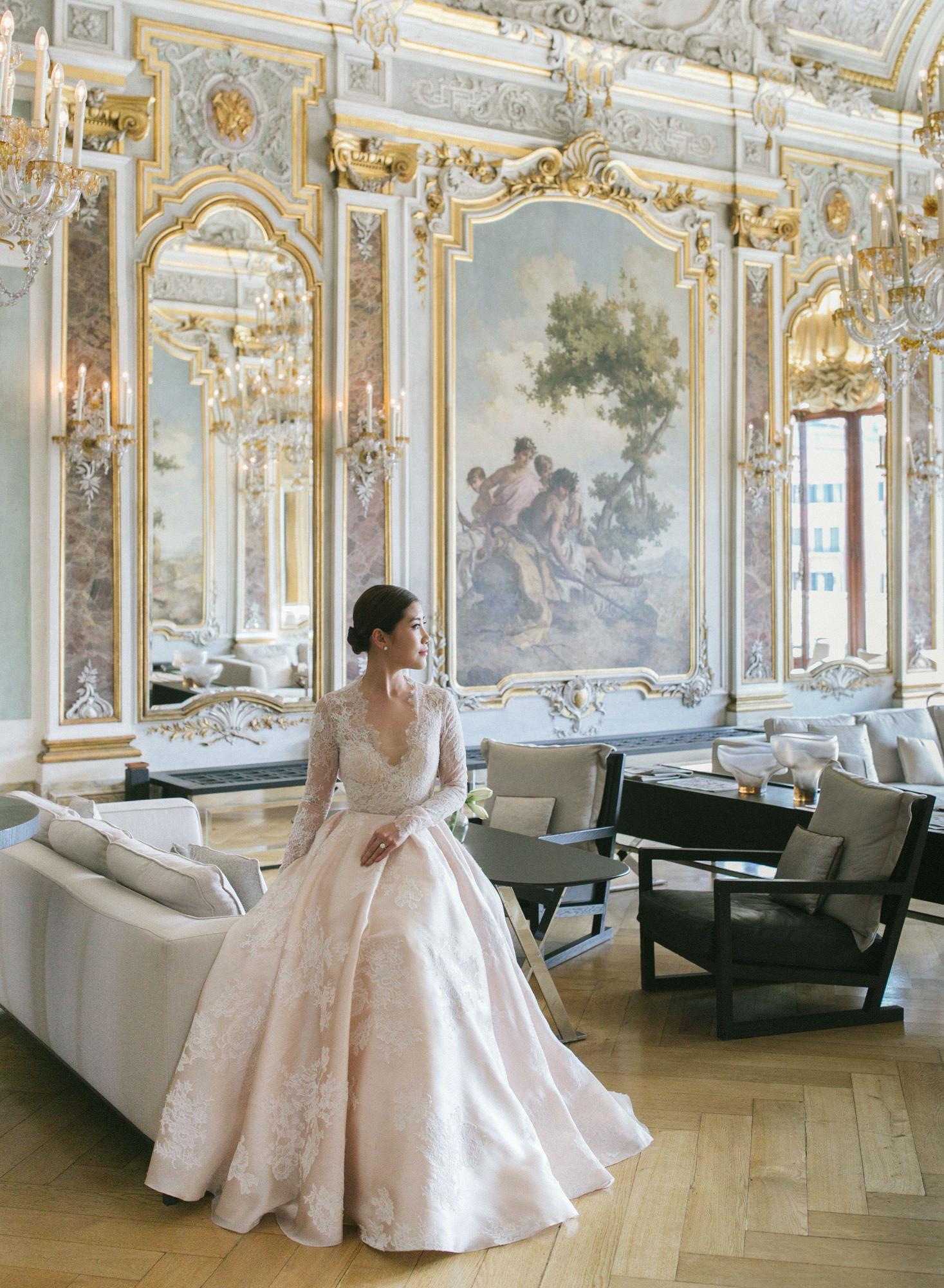 Classic bridal portrait in Renaissance room -  Greg Finck Photography
