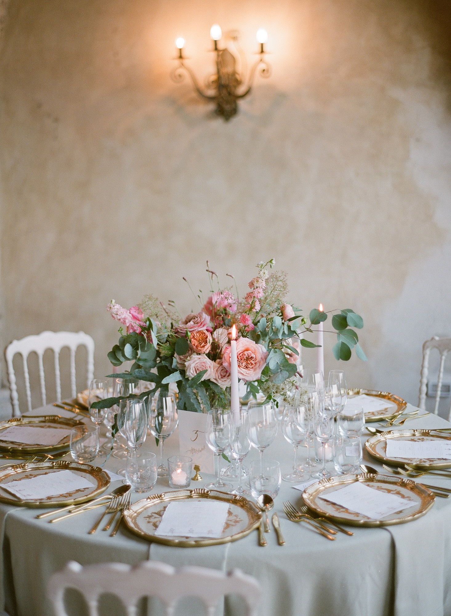 Romantic table setting with pink rose and delphinium bouquet- photo by Gianluca Adovasio Photography