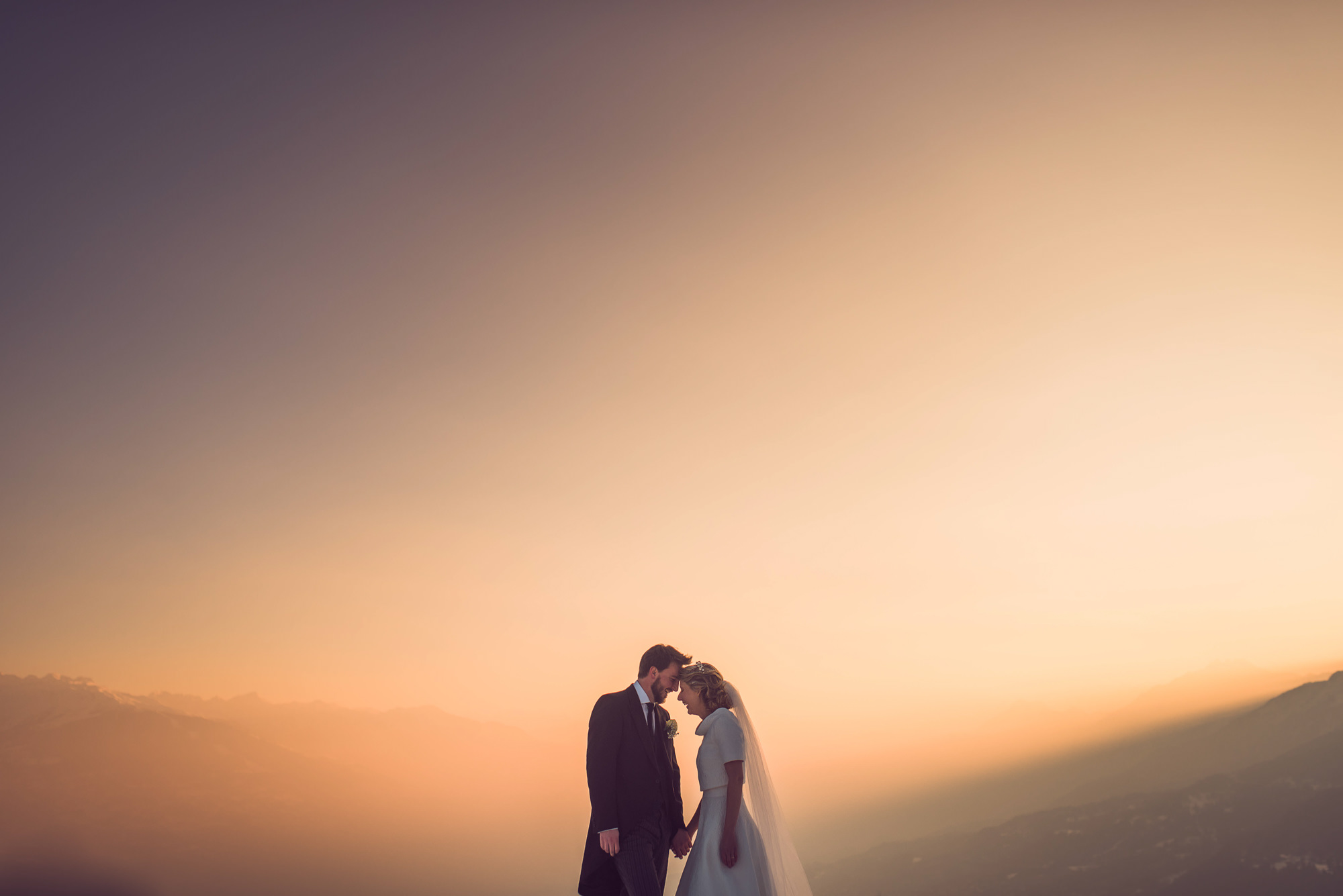 Sunset couples portrait photo by Nordica Photography