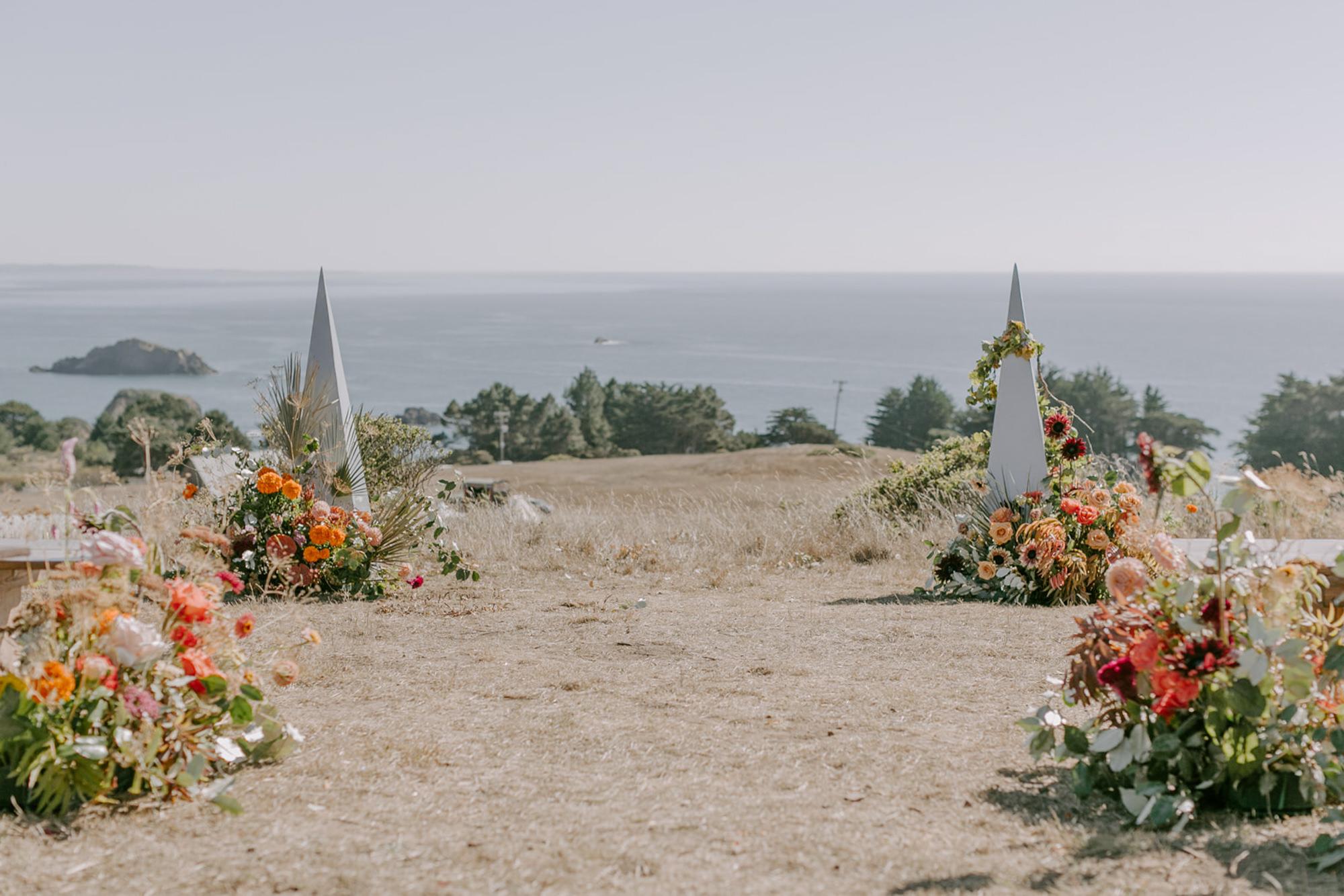 Geometric shaped floral ceremony decor - photo by Kristen Marie Parker