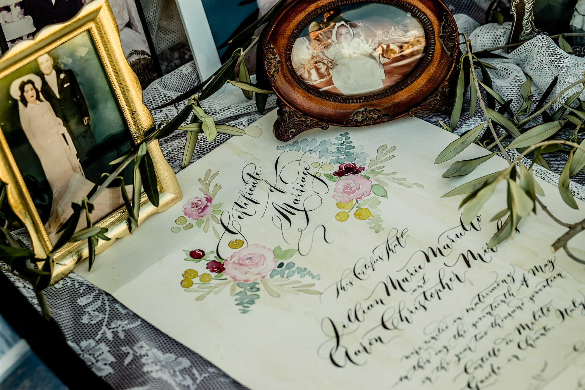 Vintage floral marriage certificate photo by Eppel Photography Netherlands