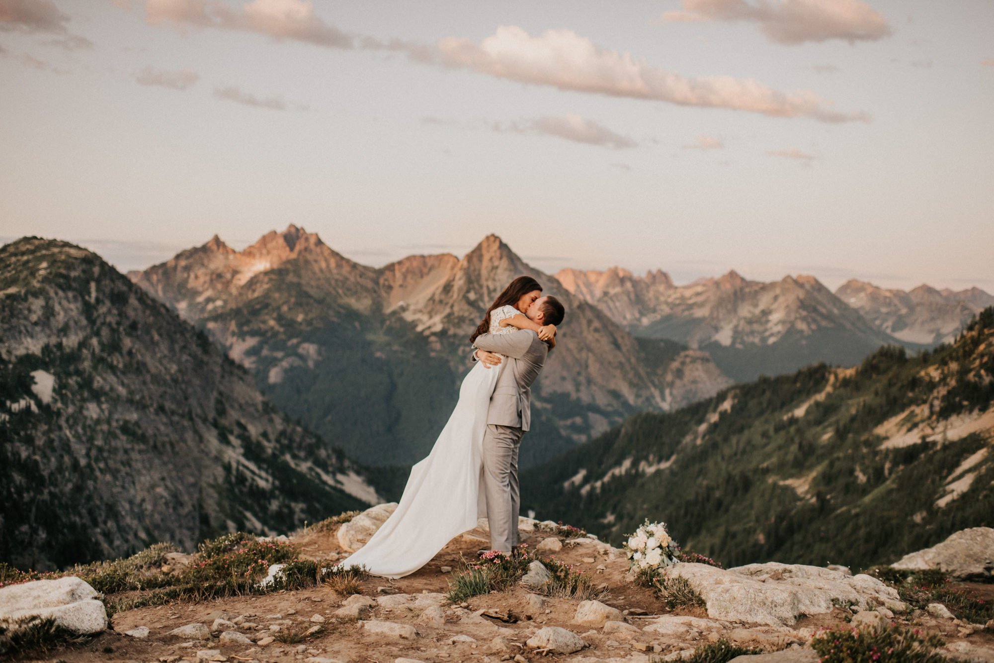 Wedding kiss North Cascades - photo by Nick + Danee