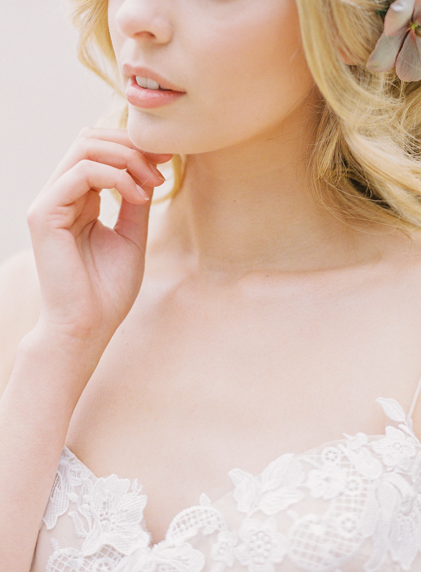 Bride with lace applique collar blush lipstick Jen Huang Los Angeles wedding photographer