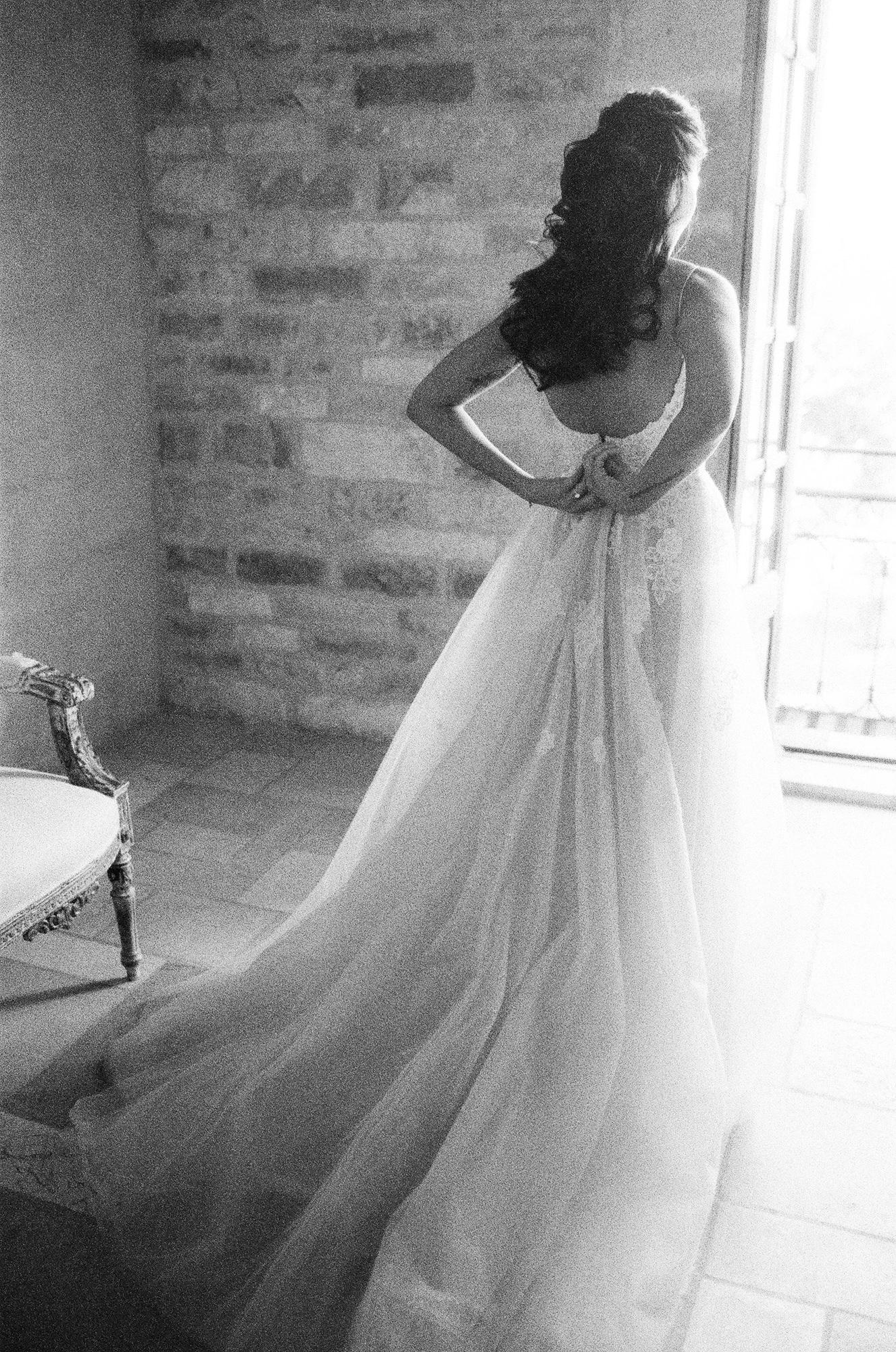 portrait of bride wearing plunging u-shaped back wedding dress Jen Huang Los Angeles wedding photographer