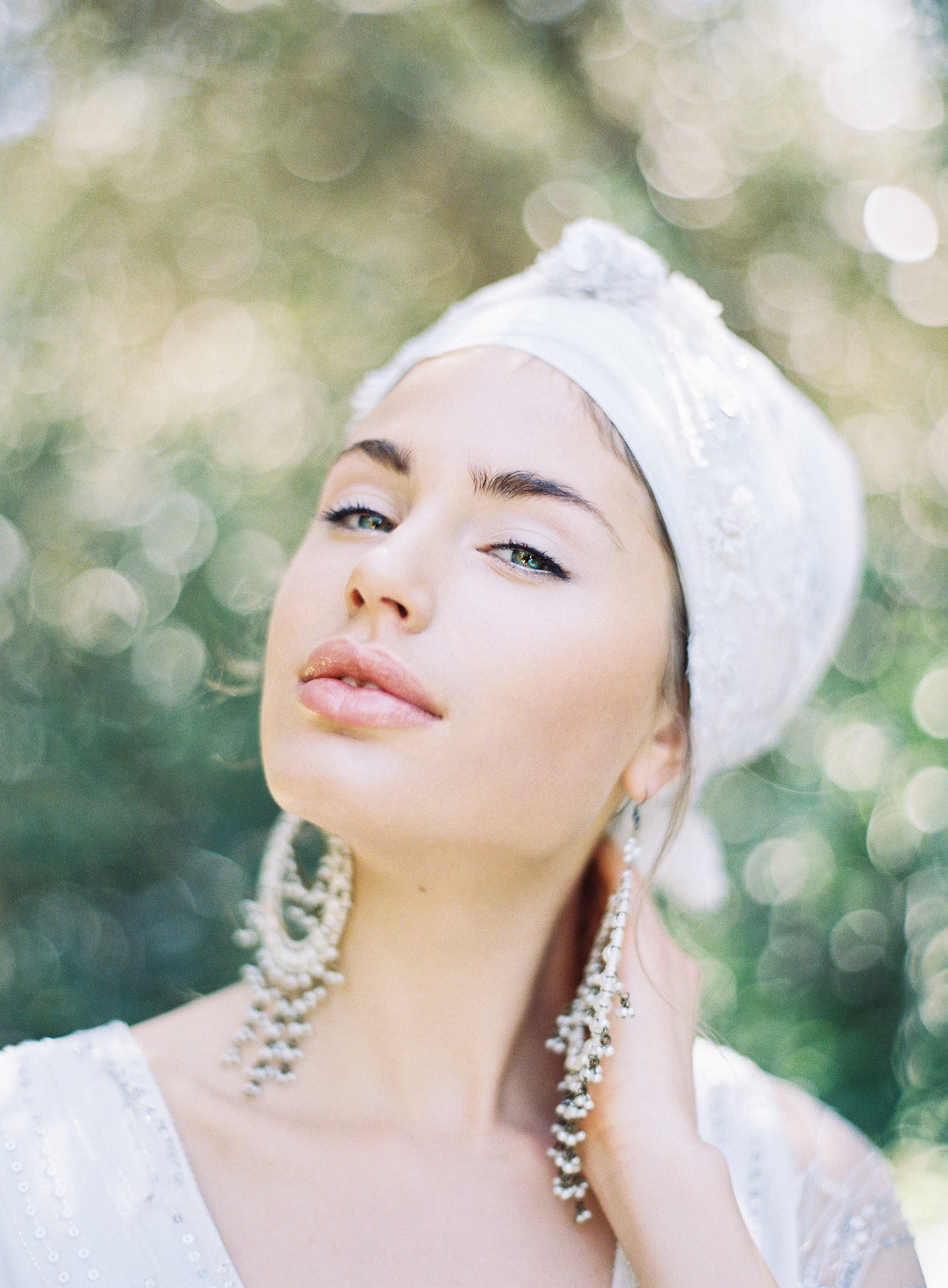 white bridal turban Indian chandelier earrings Jen Huang los angeles wedding photographer
