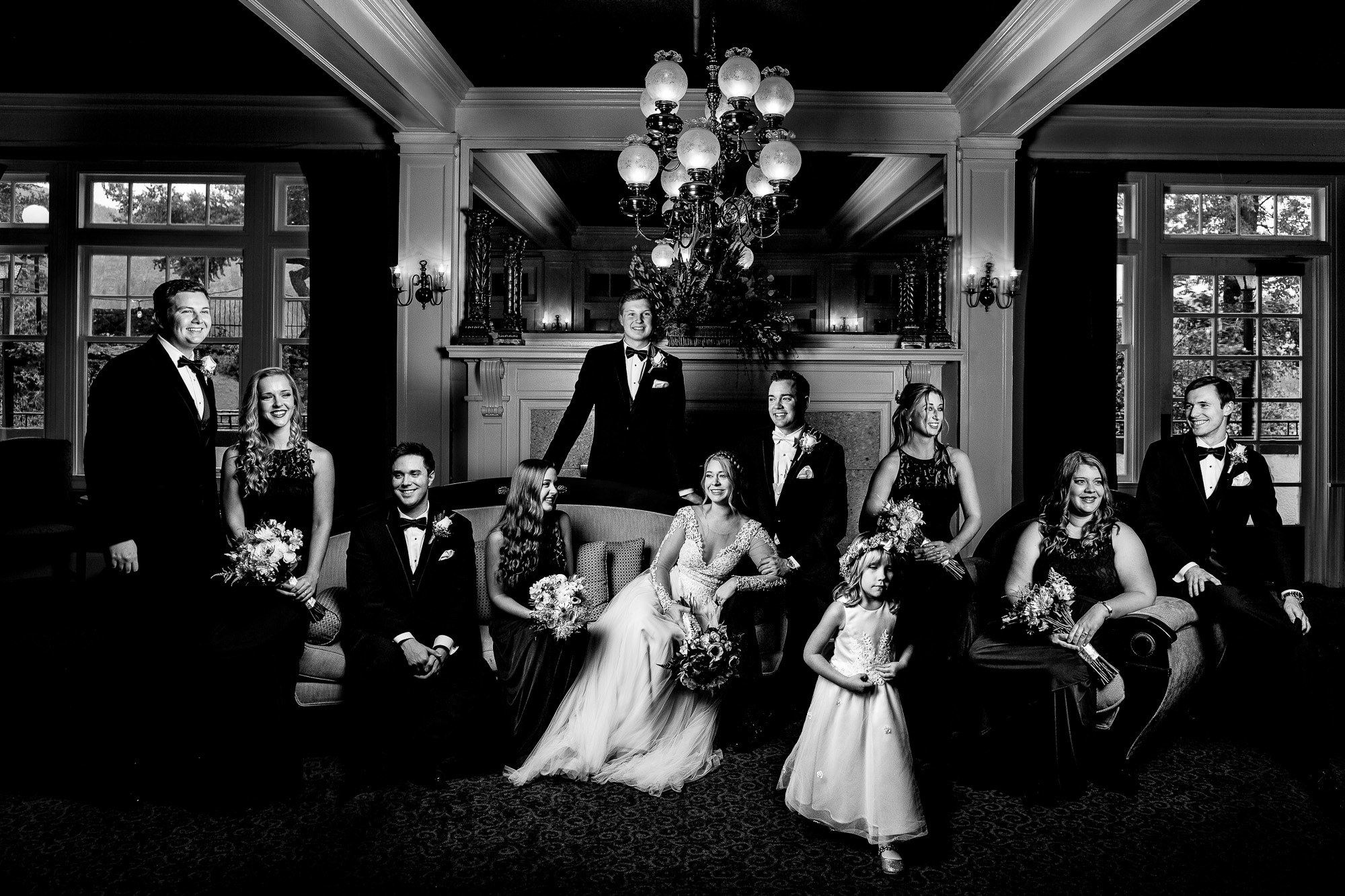 Classic bridal party photo by JOS Studios : Jos and Tree Woodsmith
