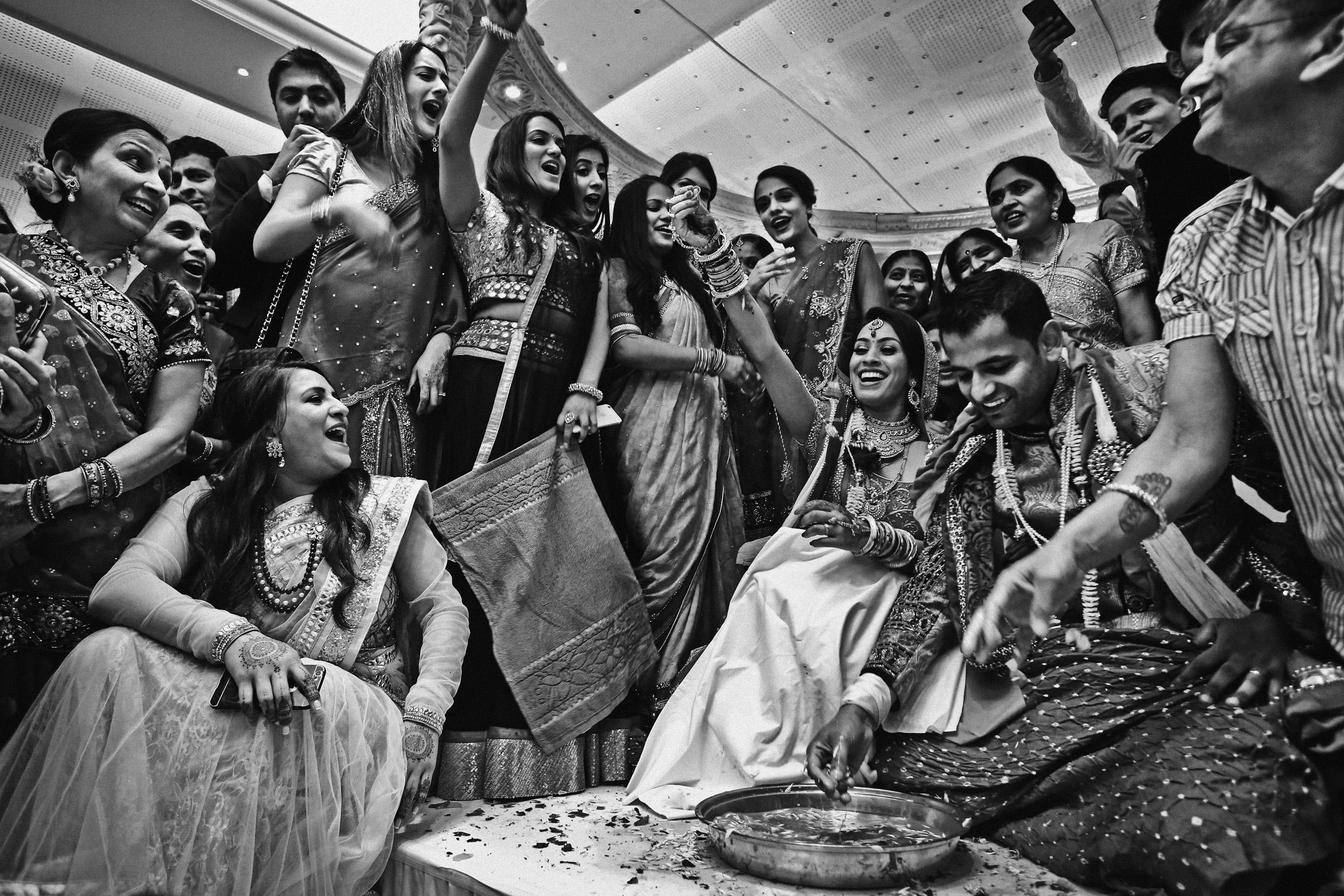 Joyous Indian wedding ceremony, by Franck Boutonnet