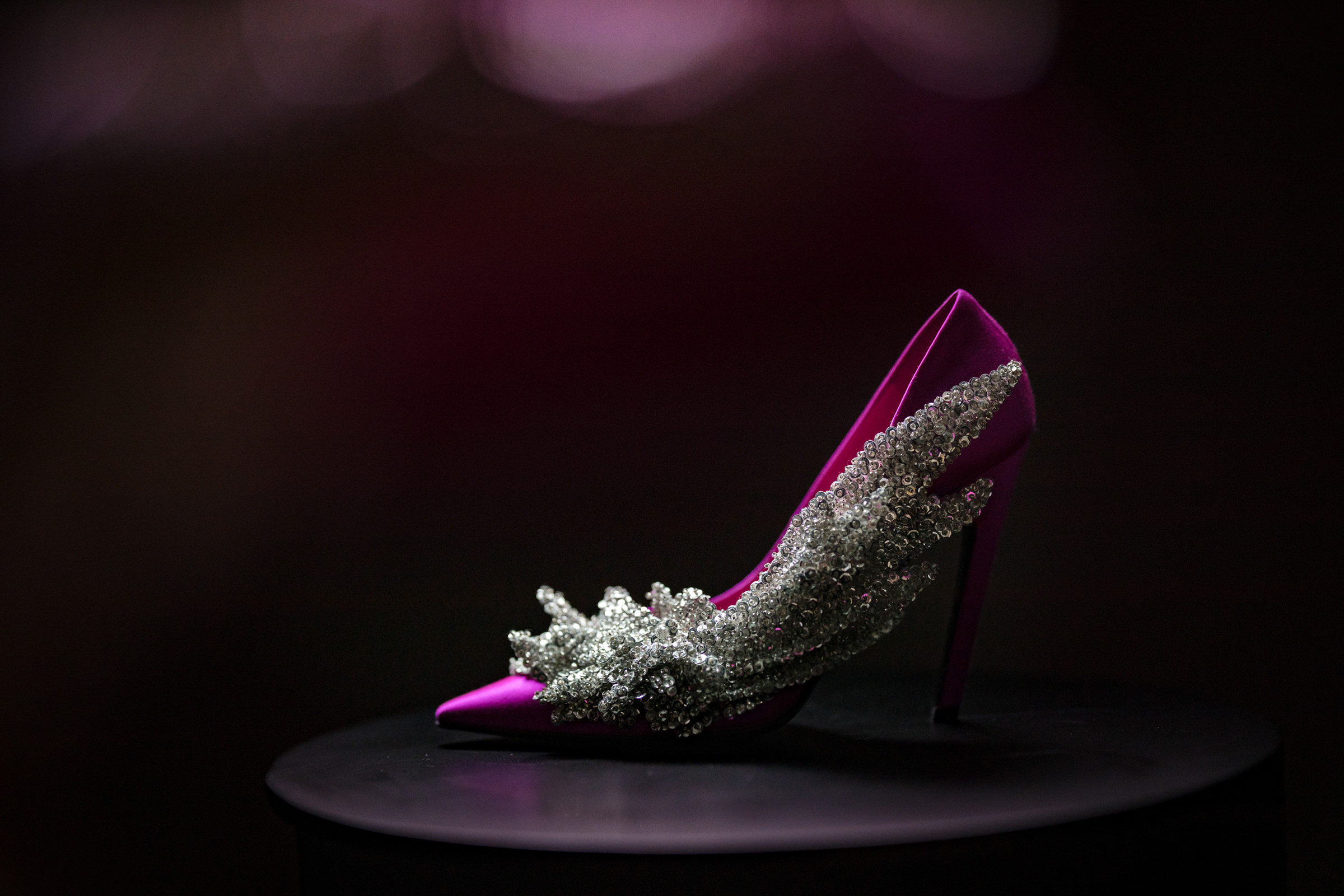 Intricate detail shot of bridal shoes, photo by Susan Stripling