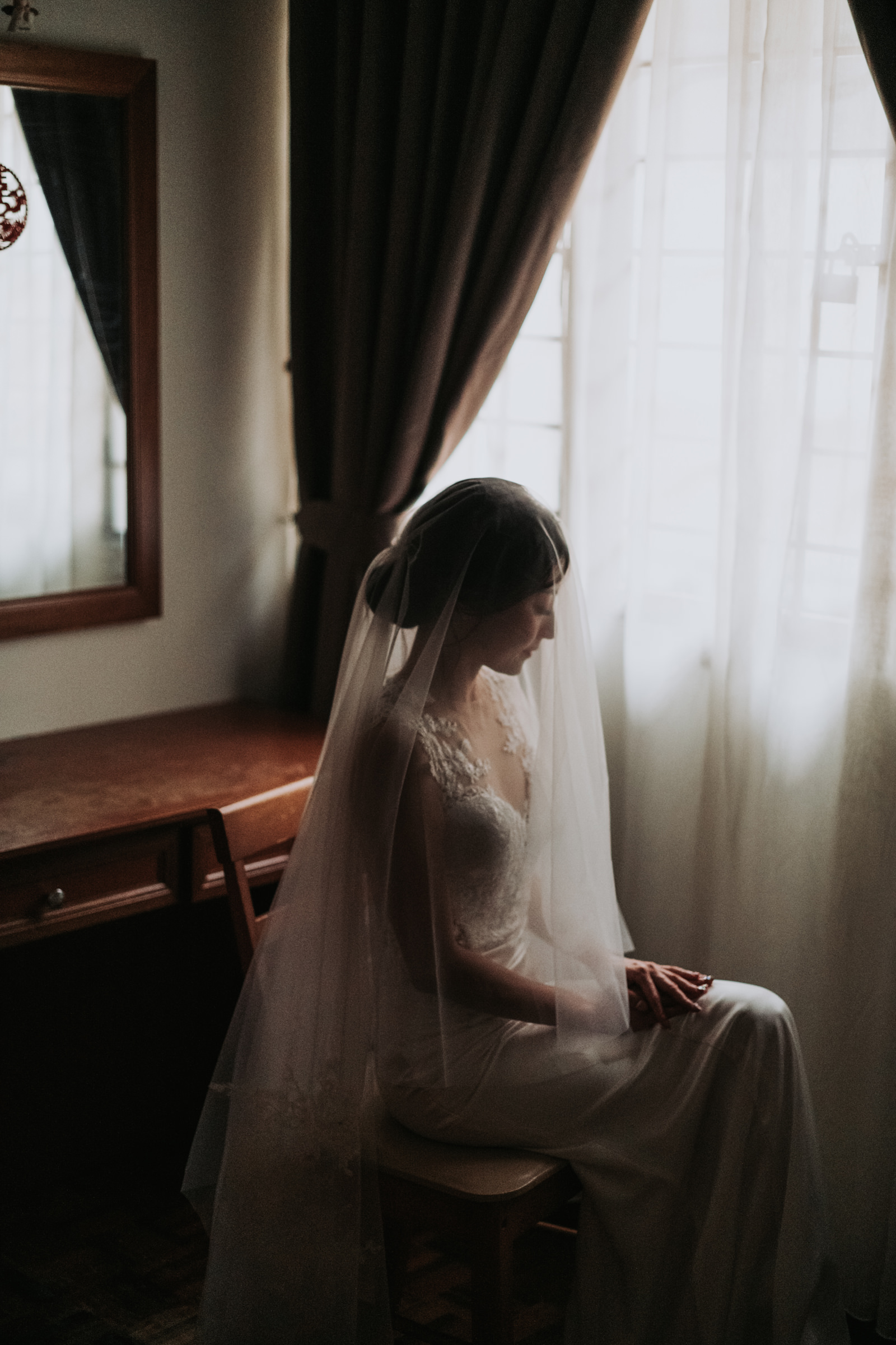 Classic seated bride - Photo by MunKeat Photography Studio