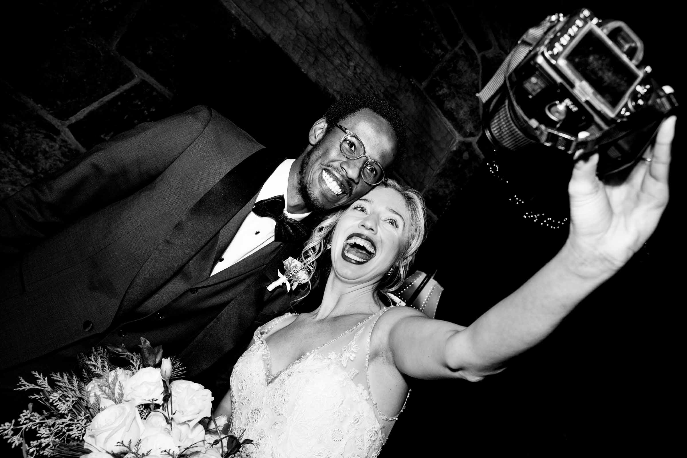 Bride and groom taking selfie - photo by Jos and Tree: Jos Woodsmith