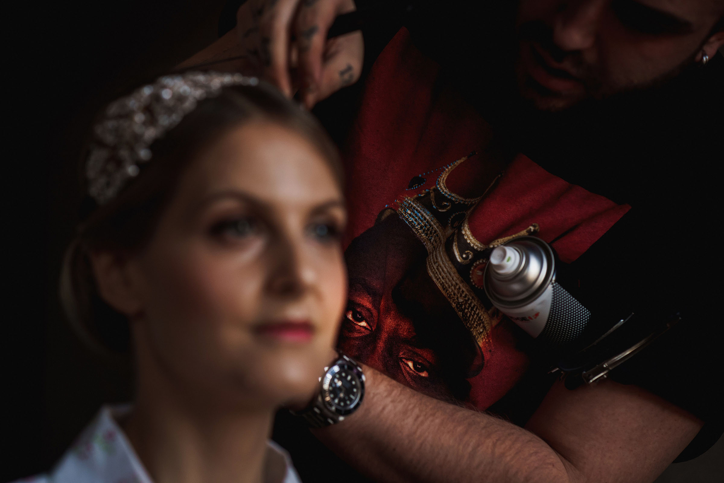 Bride with hairdresser - Photo by F5 Photography
