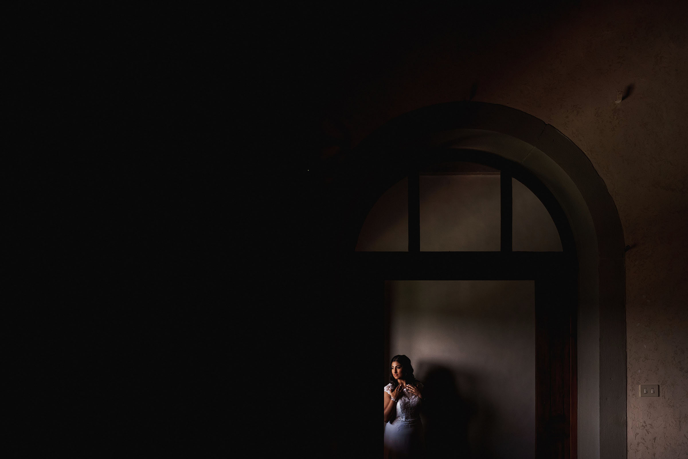 Creative composition bridal portrait  - Photo by F5 Photography