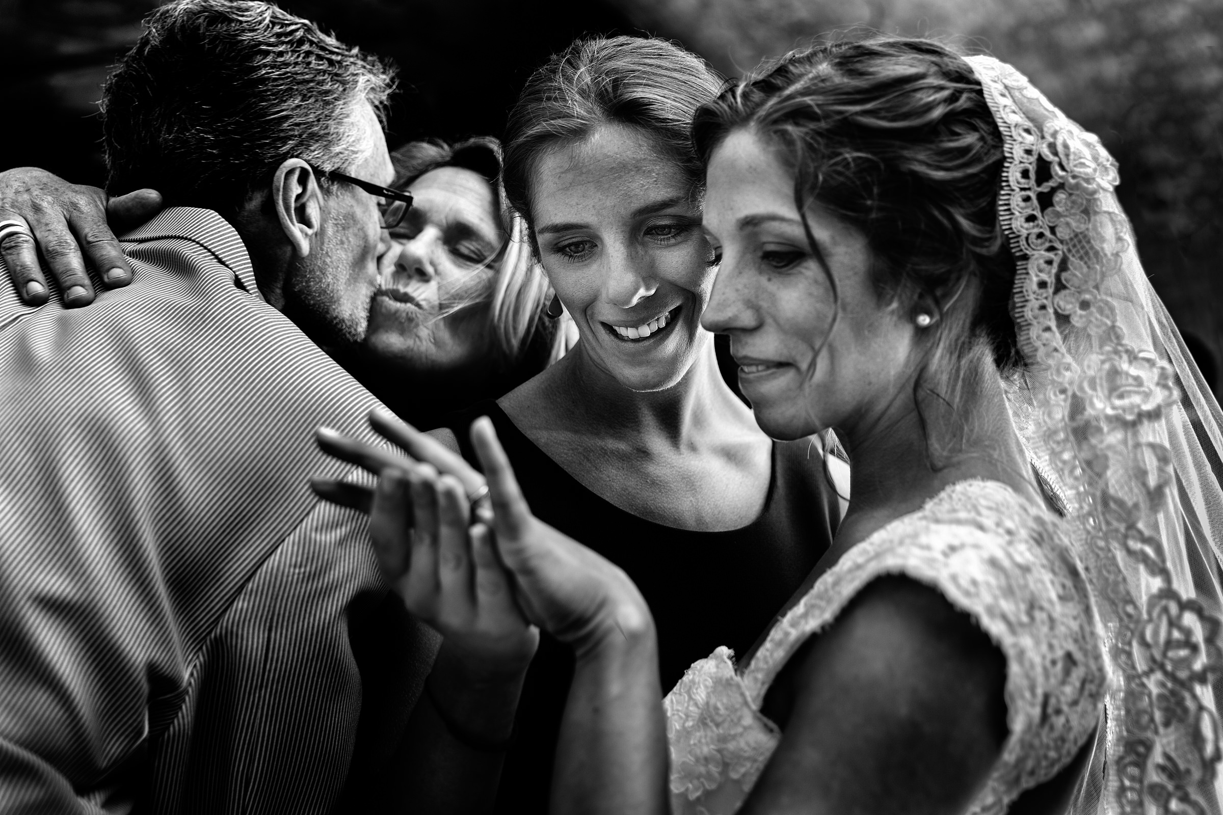 Warm family moment with bride - photo by D2 Photography